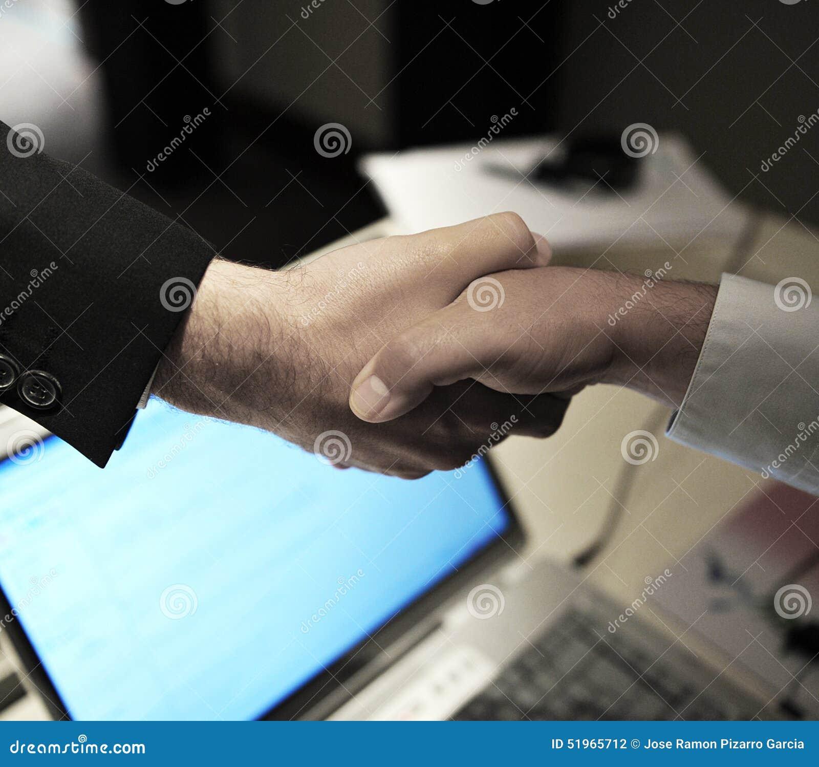 Negocio, saludo, apretón de manos