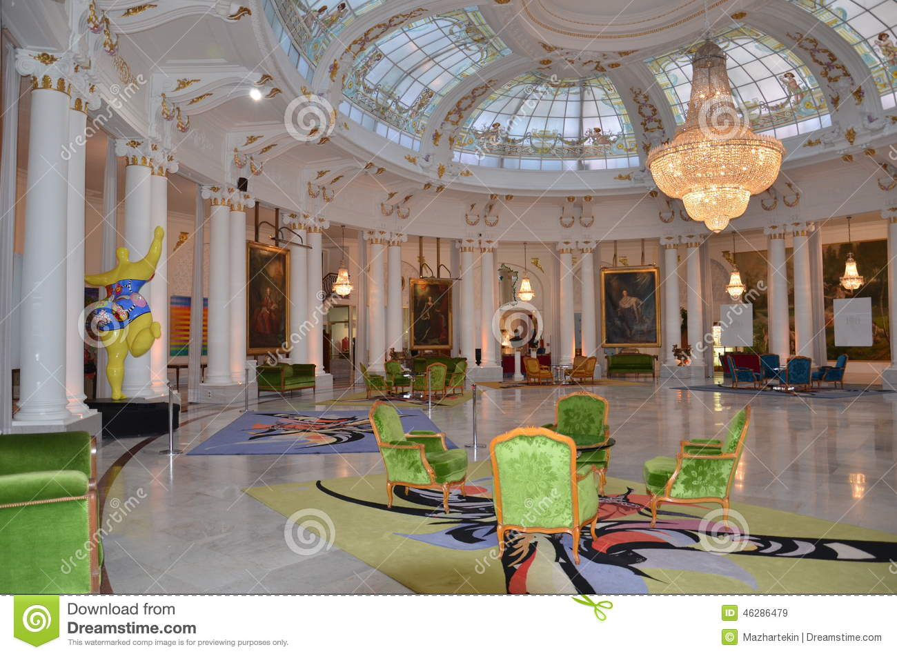Negresco the hall of the best hotels in nice in france for Top hotel france