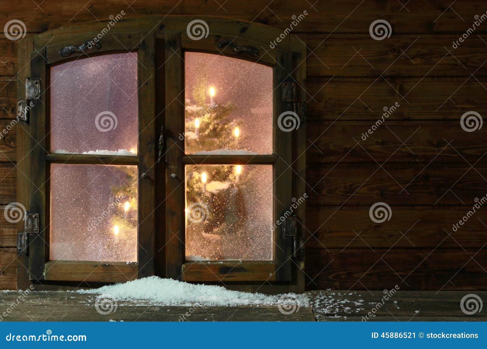 Neige au petit carreau de fen tre de vintage photo stock for Fenetre a carreau