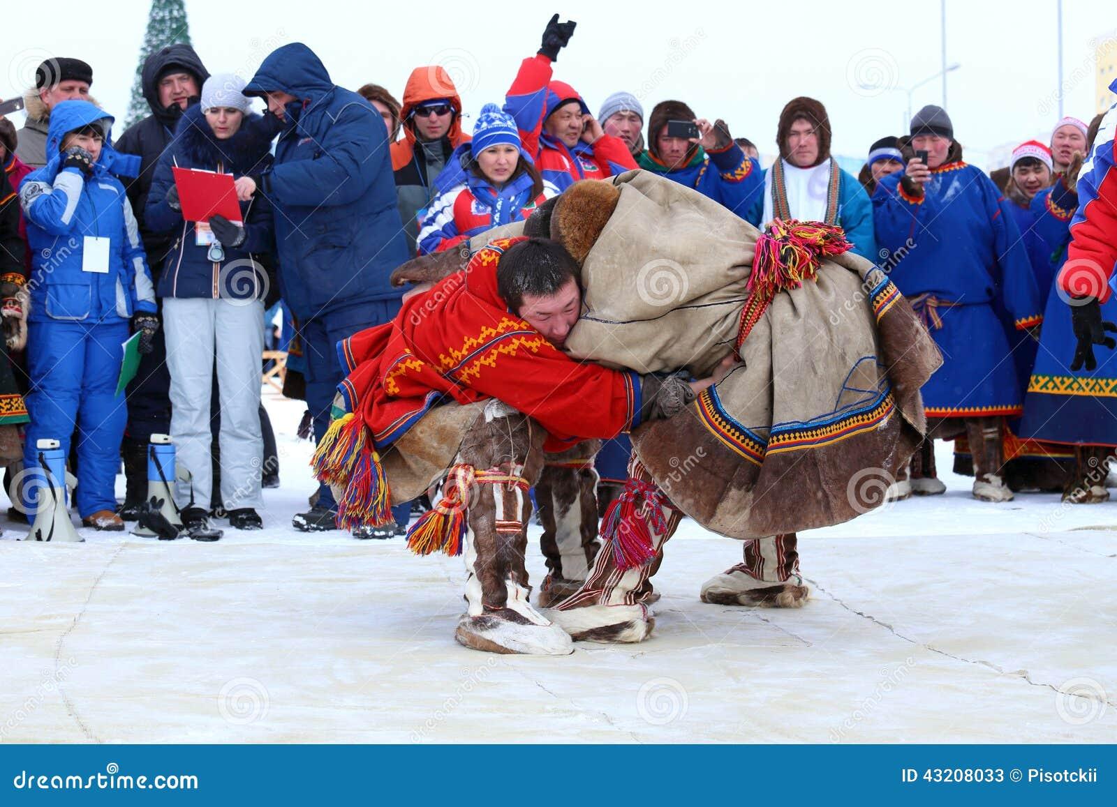 Download Nenets nationell kamp redaktionell arkivfoto. Bild av duell - 43208033