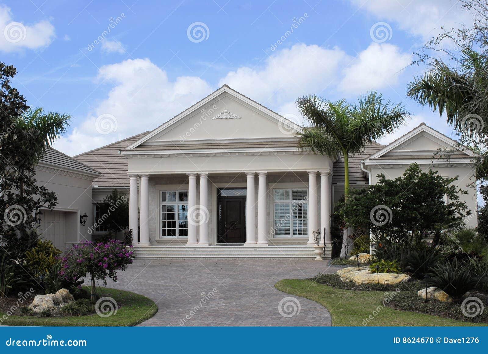 Neo-klassisch konzipiertes Haus