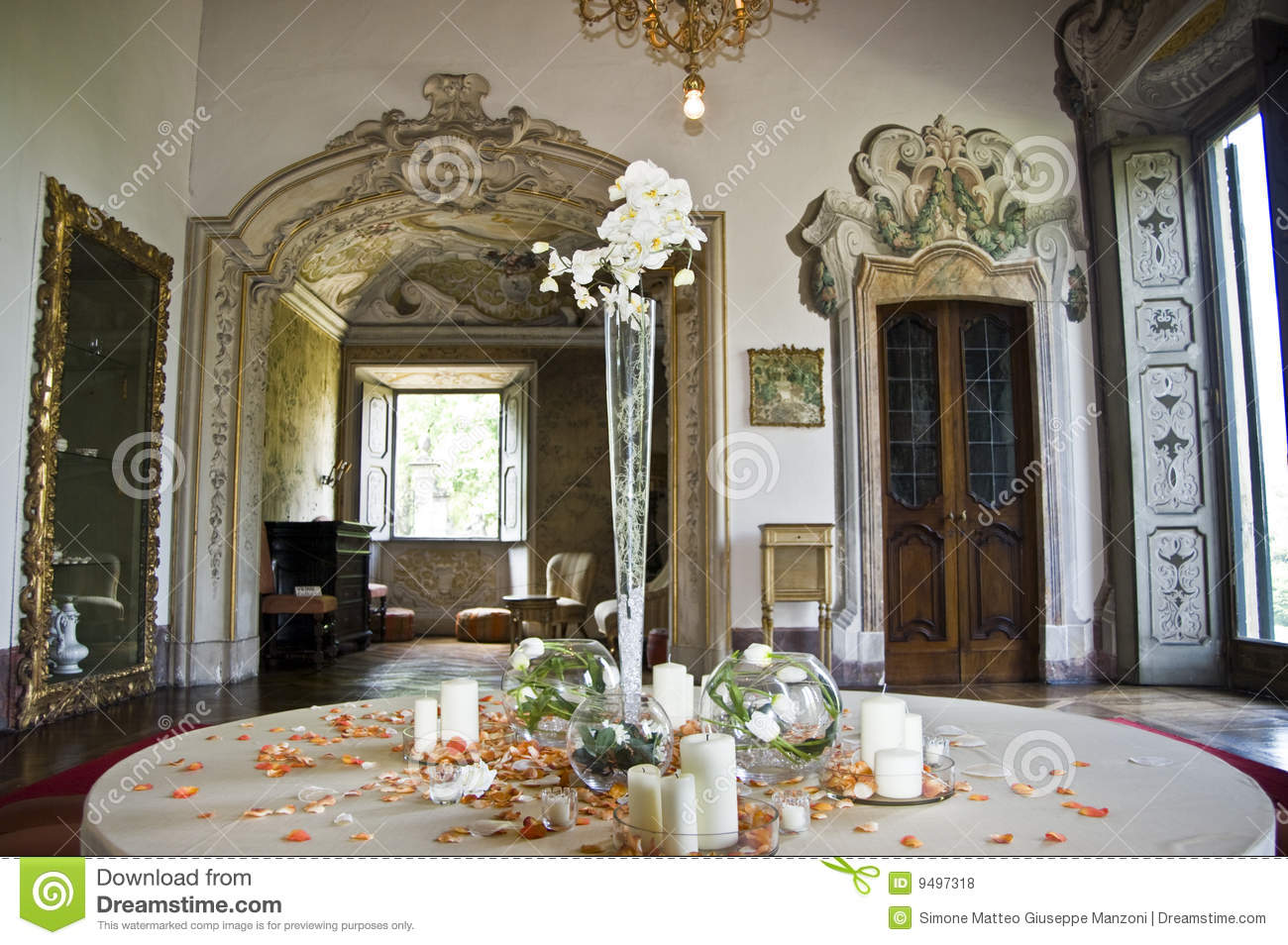Neoclassical Decoration For A Wedding In An Italian Villa