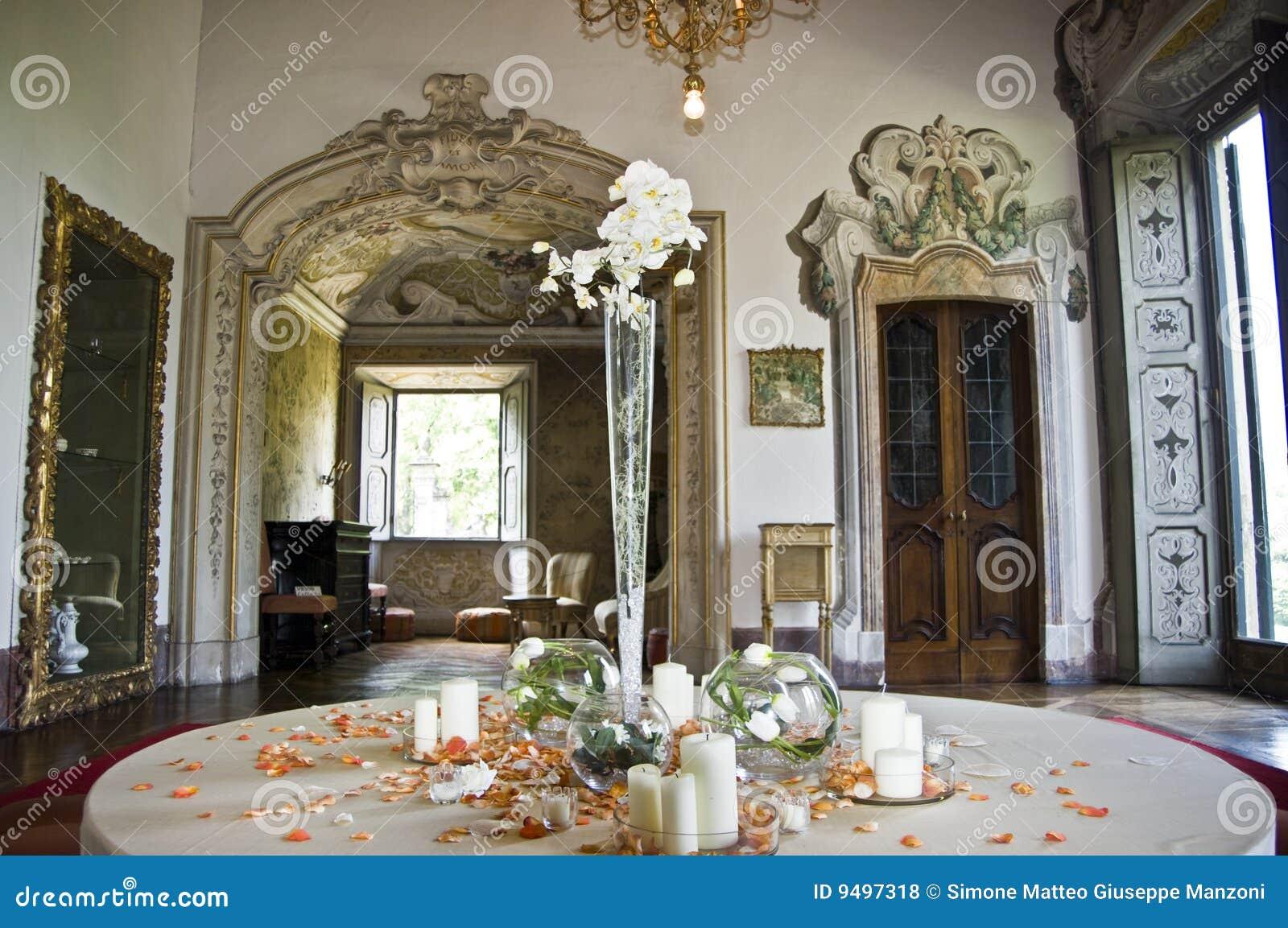 Neoclassic interior royalty free stock photos image 9497318 for Italian villa interior design