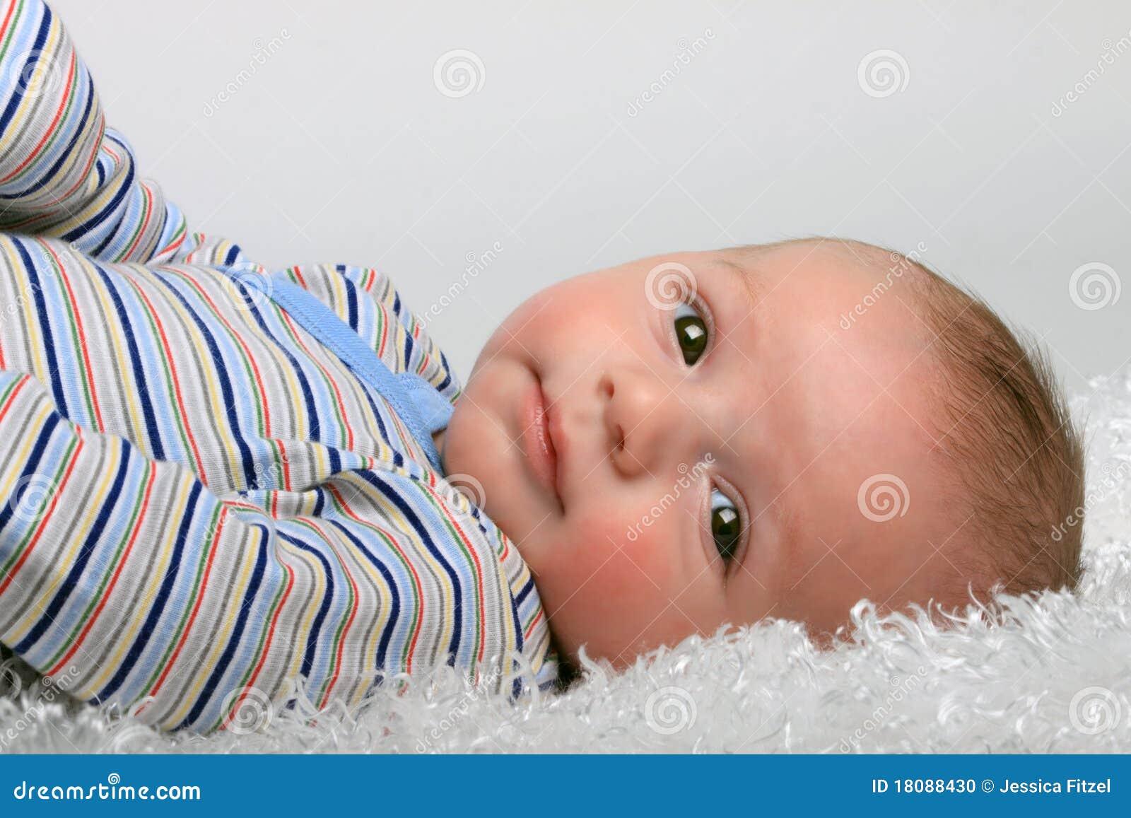 Neonato sveglio