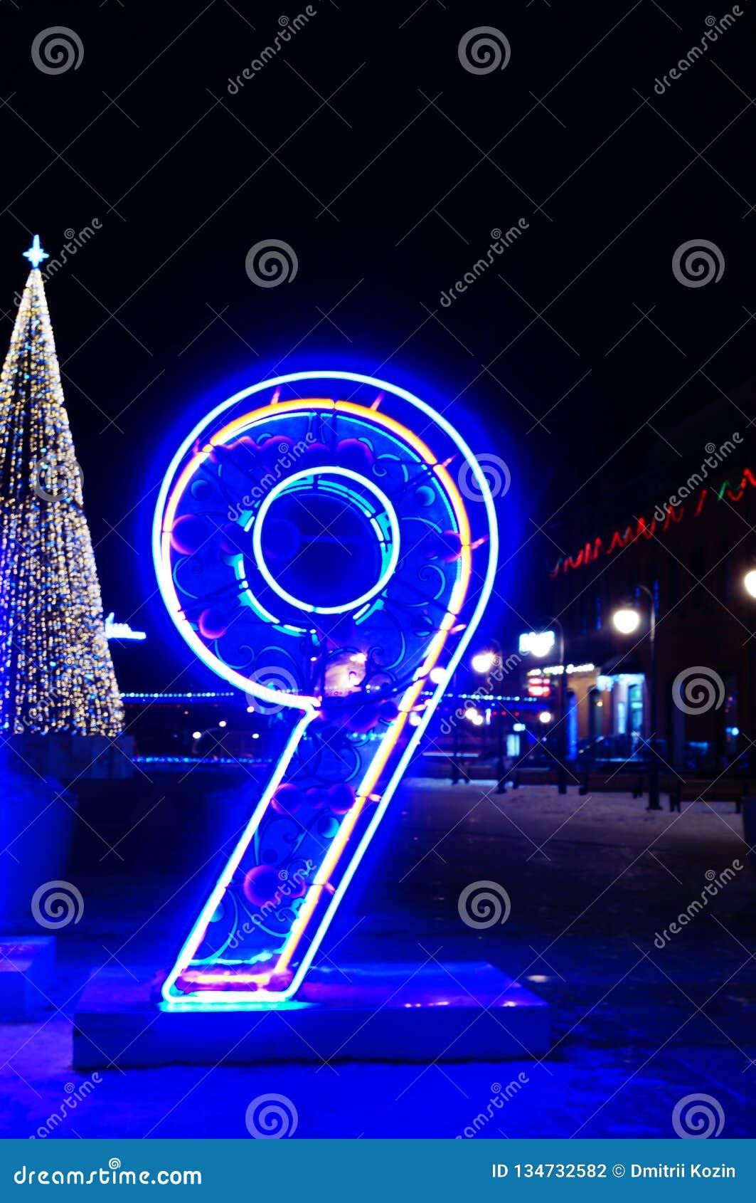 Neonlichter zwei tausend der Nr. neun neunzehn