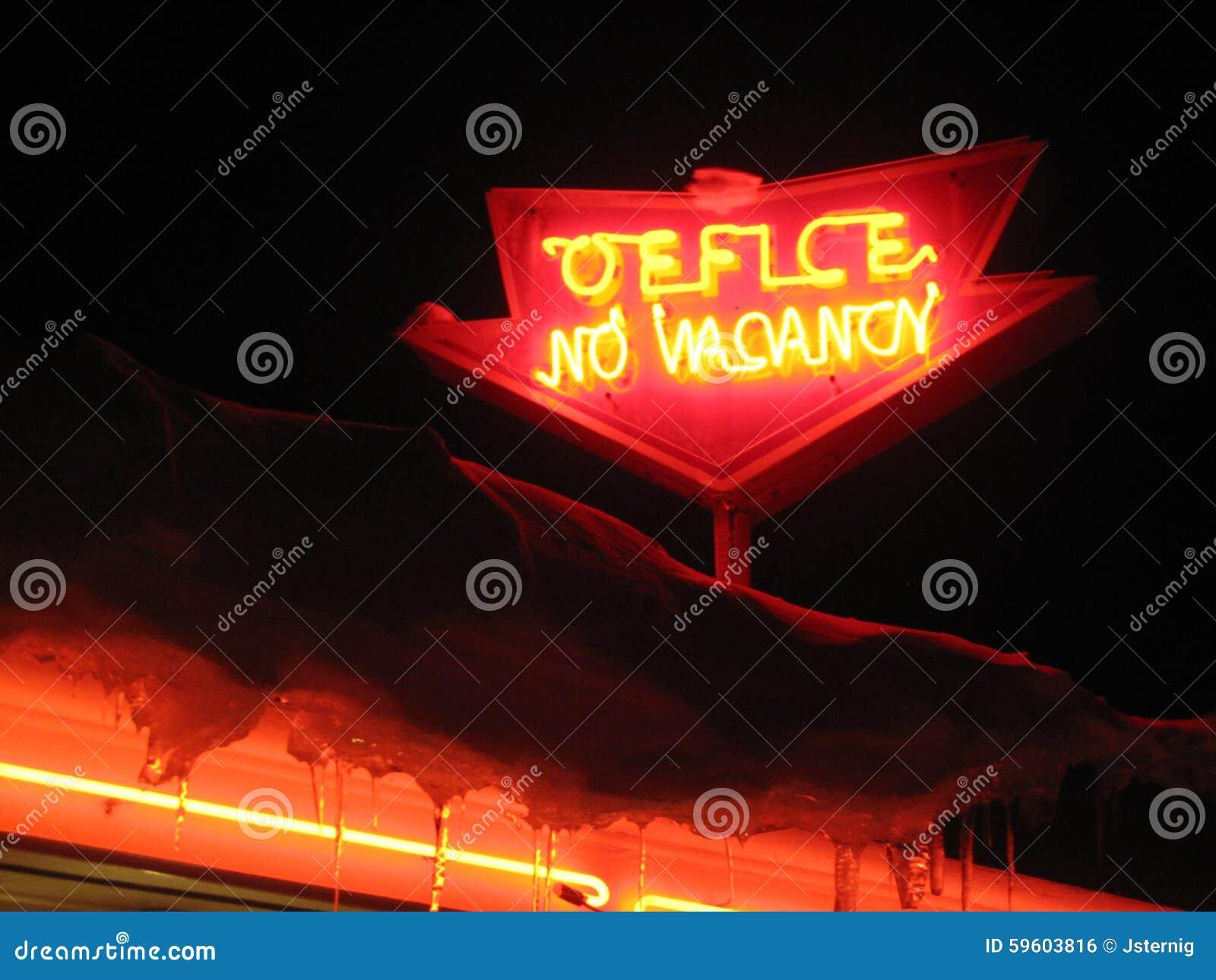 Neonowy biuro, żadny vacany znak