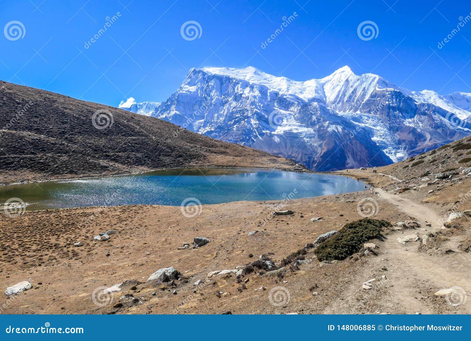 Nepal - Ice See mit der Ansicht ?ber Annapurna-Kette