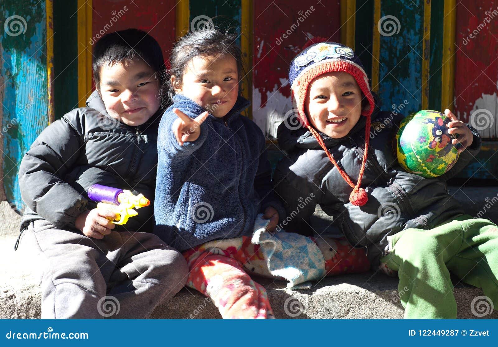 Nepalese Children From Namche Bazaar, Nepal Editorial Photography