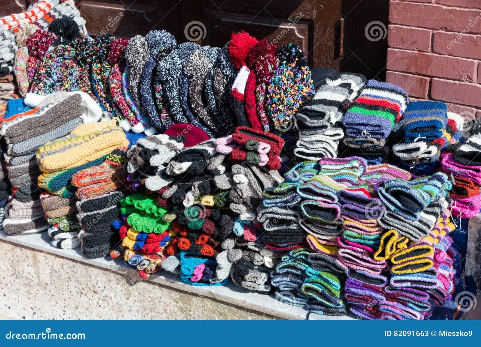 Nepalesiska handgjorda stack hattar och tumvanten