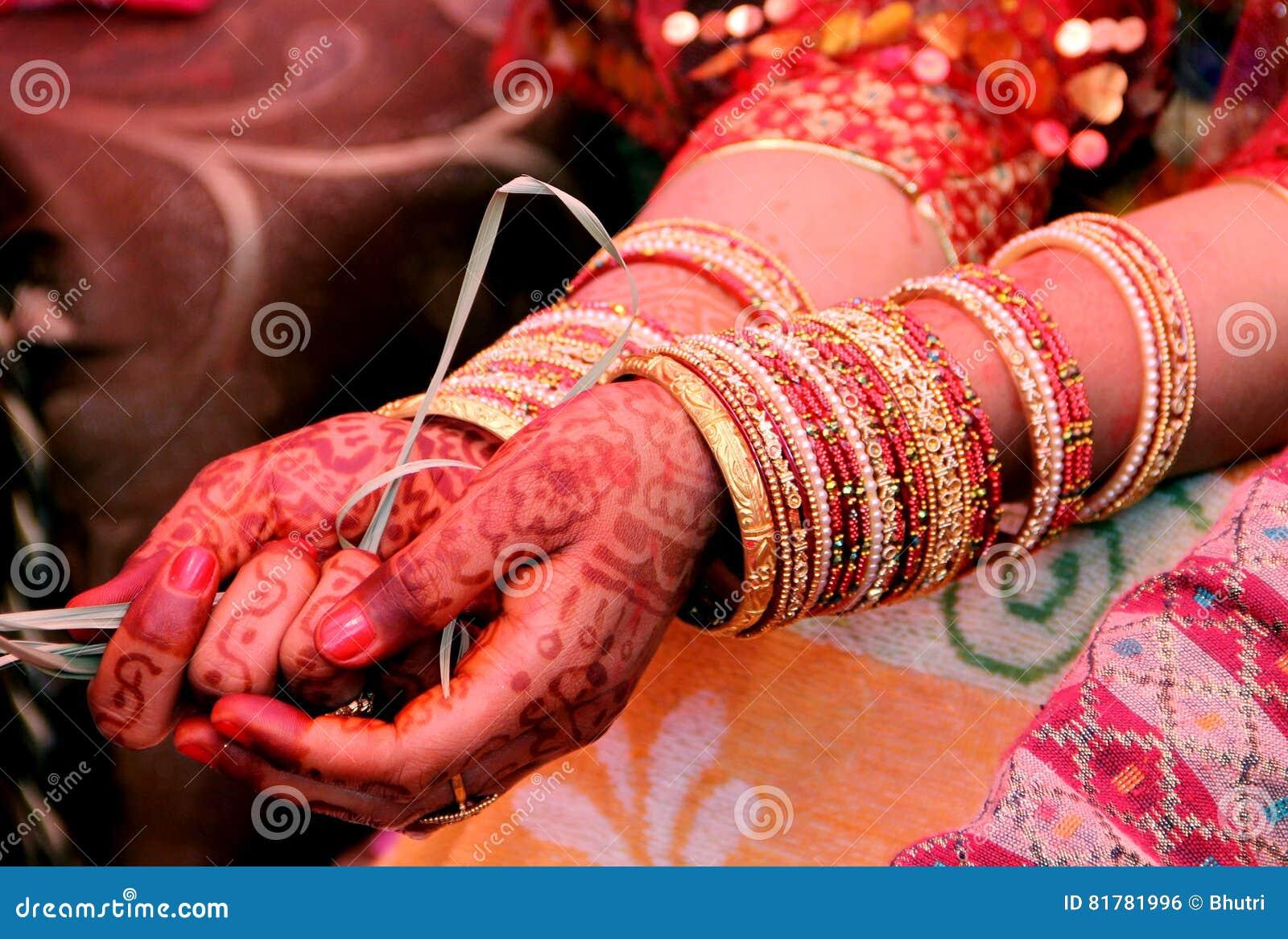 Mehndi Ceremony S Download : Nepali hindu wedding rituals stock photo image of groom hina