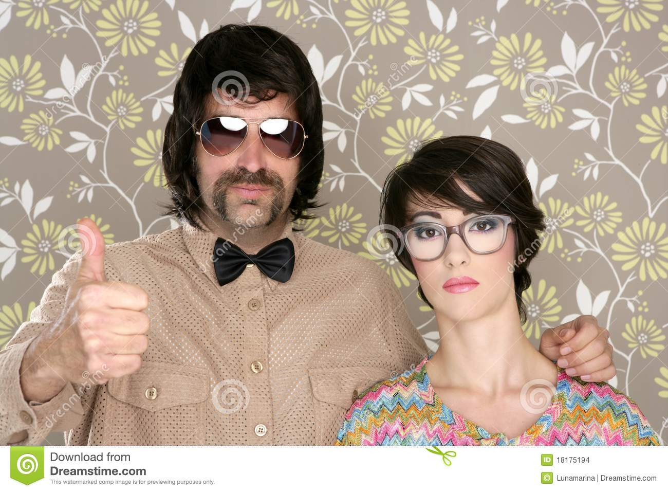 fb0078f22cd0 Nerd Silly Couple Retro Man Woman Ok Hand Sign Stock Photo - Image ...