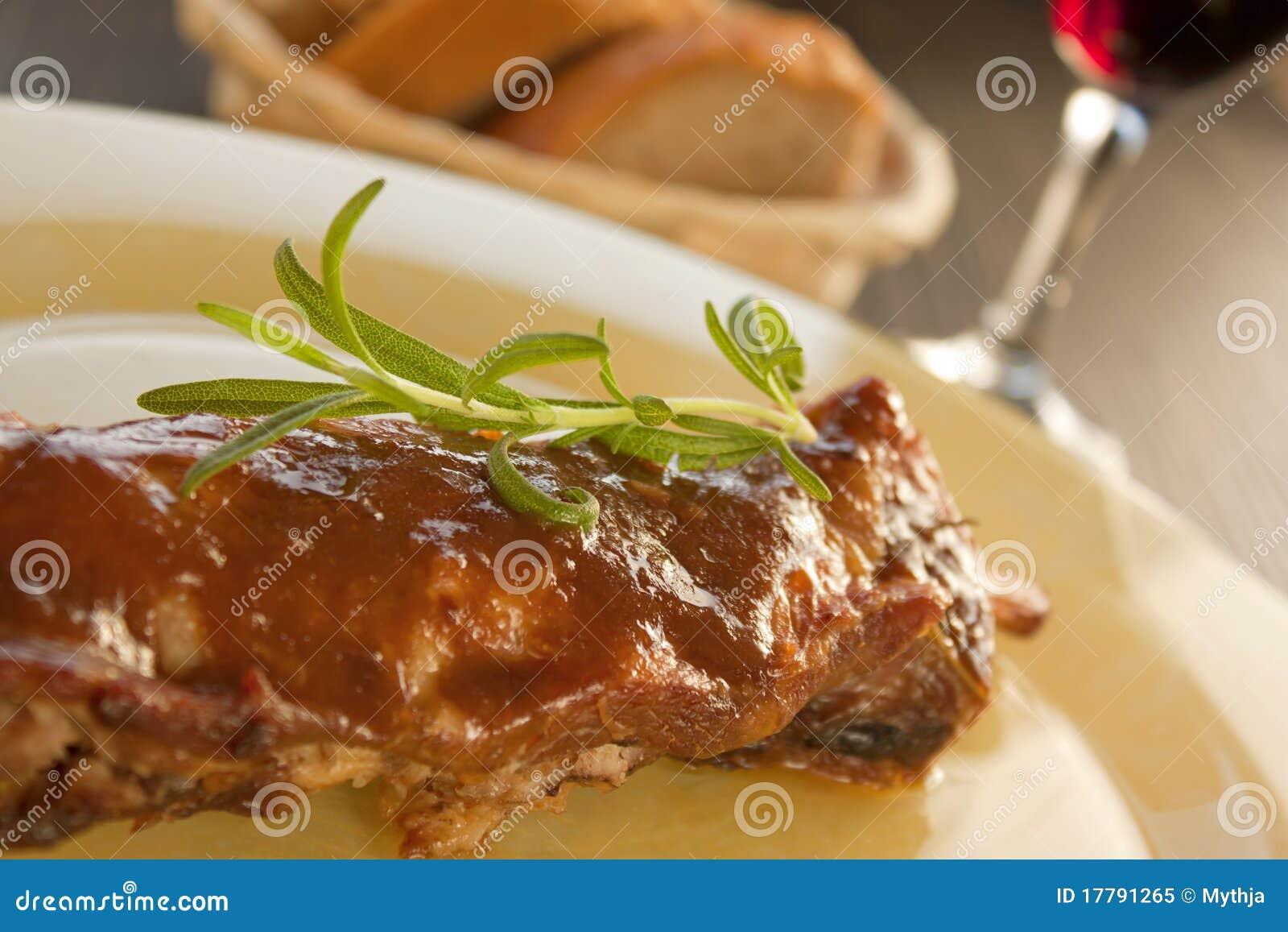 Nervature del vitello con salsa