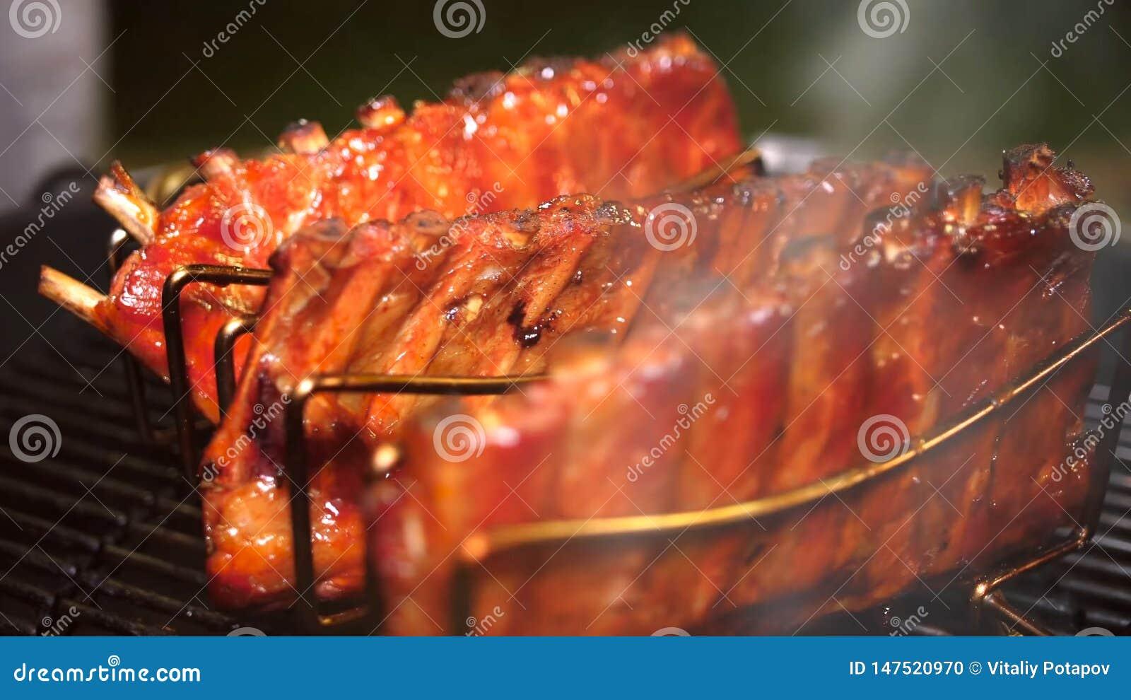 Nervures de porc grill?es