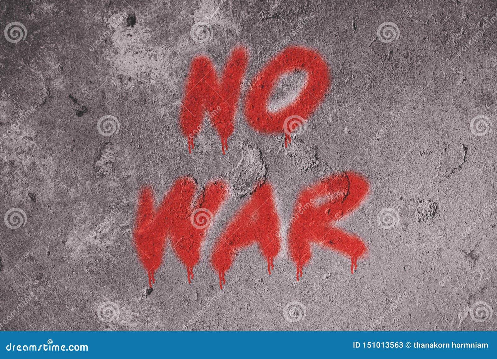 Nessun graffiti del testo di guerra sulla parete di lerciume