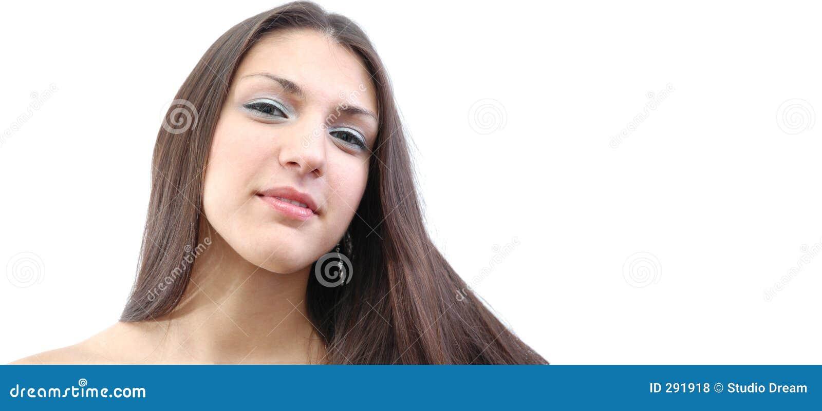 Netelige brunette