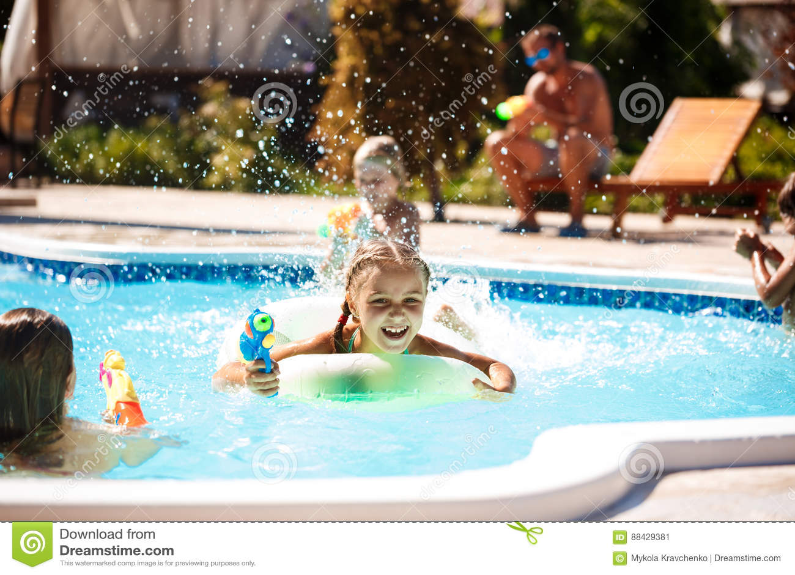 Spiele Im Pool