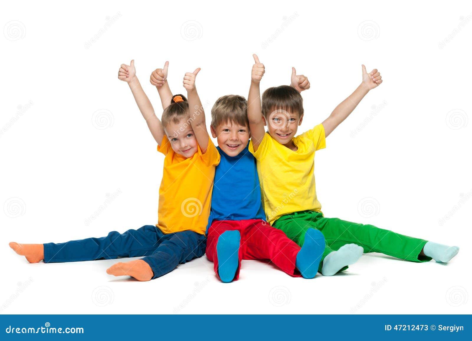 Nette Kinder Halten Ihre Daumen Hoch Stockfoto Bild