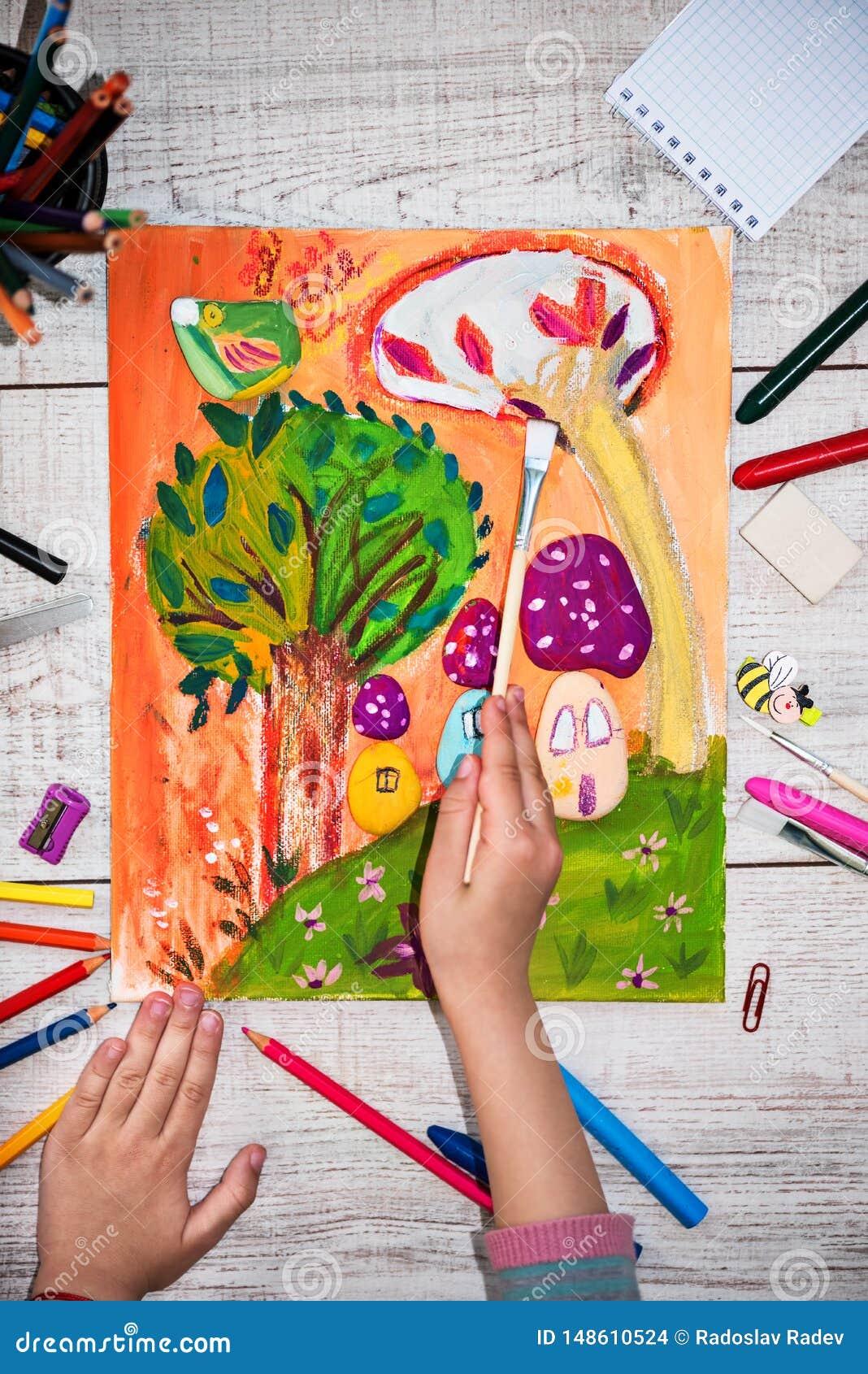 Nette Malerei des kleinen Mädchens auf Segeltuch