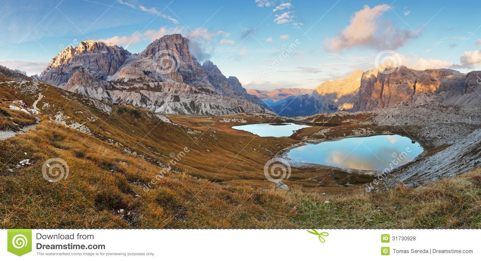 netter berg mit see italien alpen dolomit tre cime lago stockfoto bild von italien. Black Bedroom Furniture Sets. Home Design Ideas