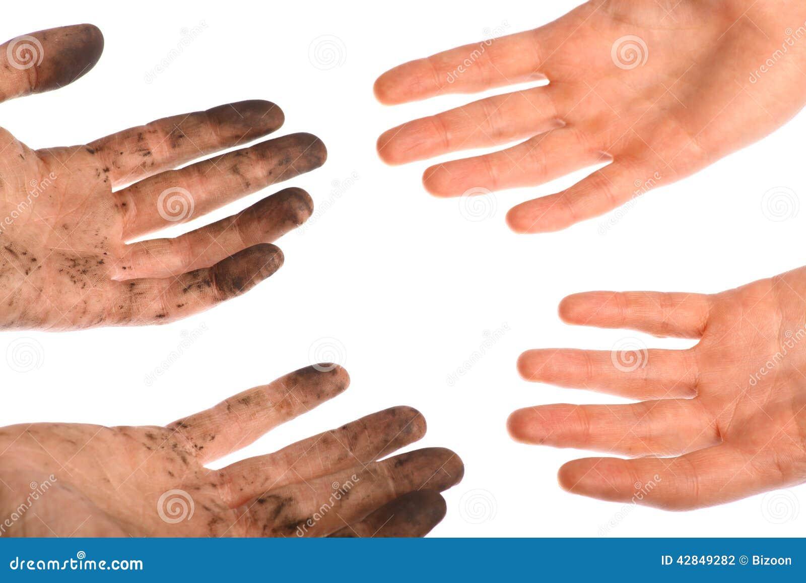 Nettoyez les mains sales