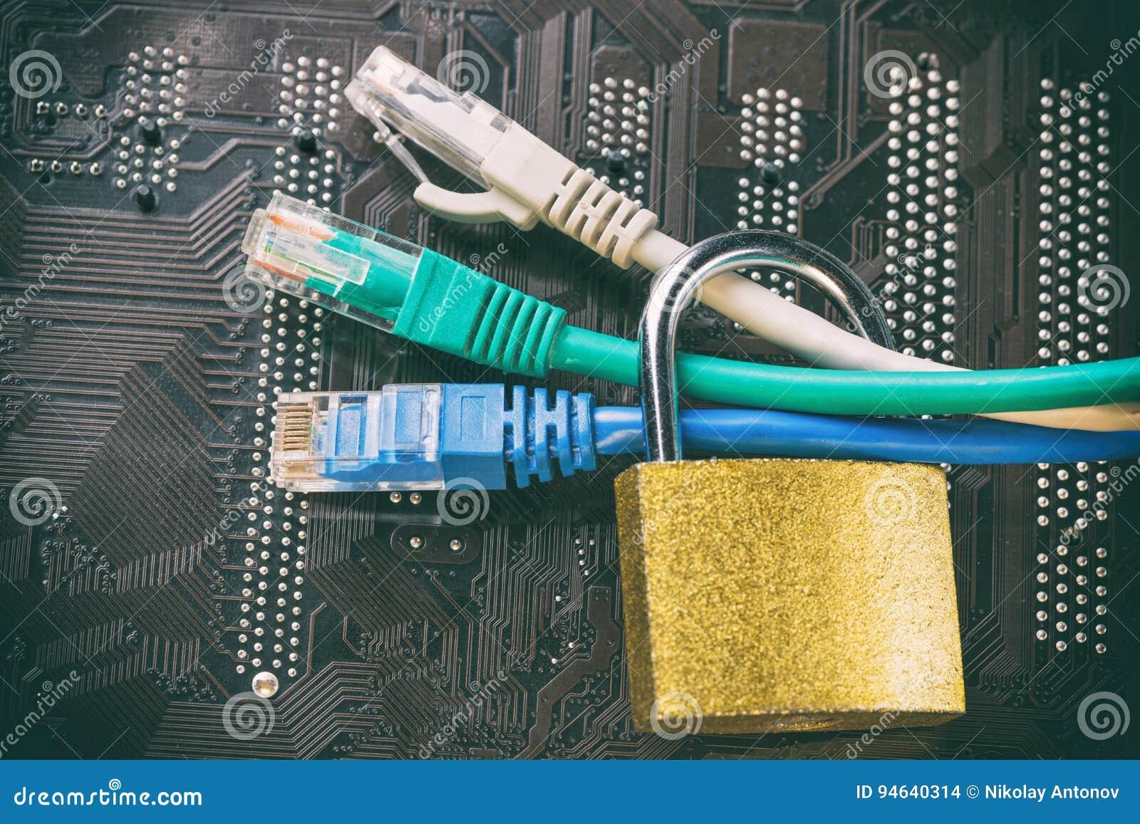 Ethernet Kabel Stock Images - 2,944 Photos
