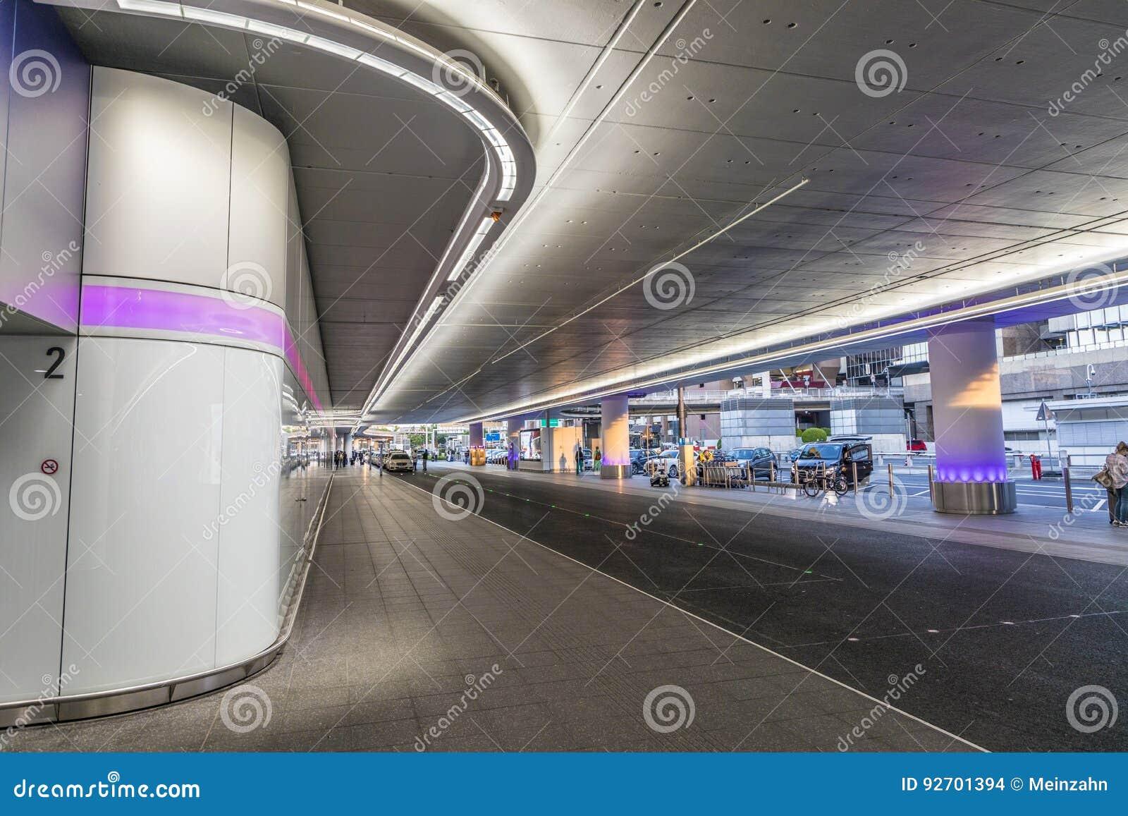 Flughafen Frankfurt Ankunft Morgen