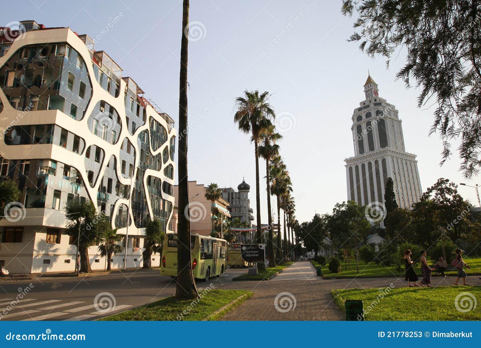 Neue architektur von batumi georgia redaktionelles stockfoto bild von farbe ladung 21778253 - Neue architektur ...