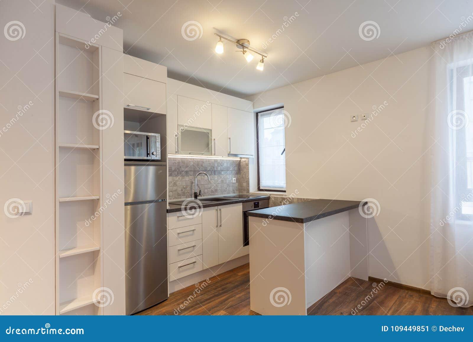 Fußboden Im Haus ~ Neue moderne küche neues haus innenphotographie hölzerner fußboden