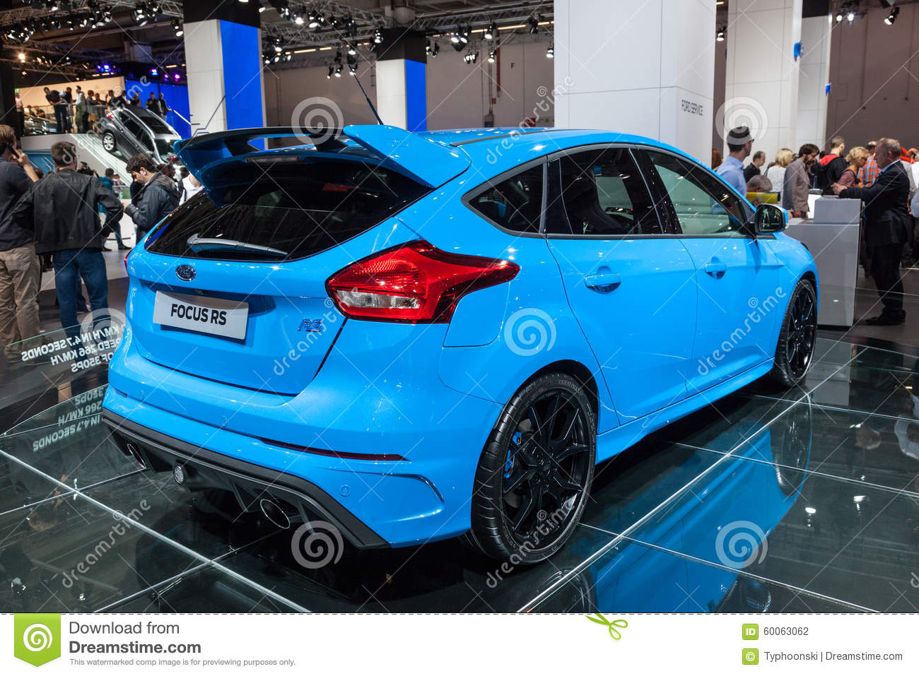 neuer ford focus rs am iaa 2015 redaktionelles stockfotografie bild 60063062. Black Bedroom Furniture Sets. Home Design Ideas