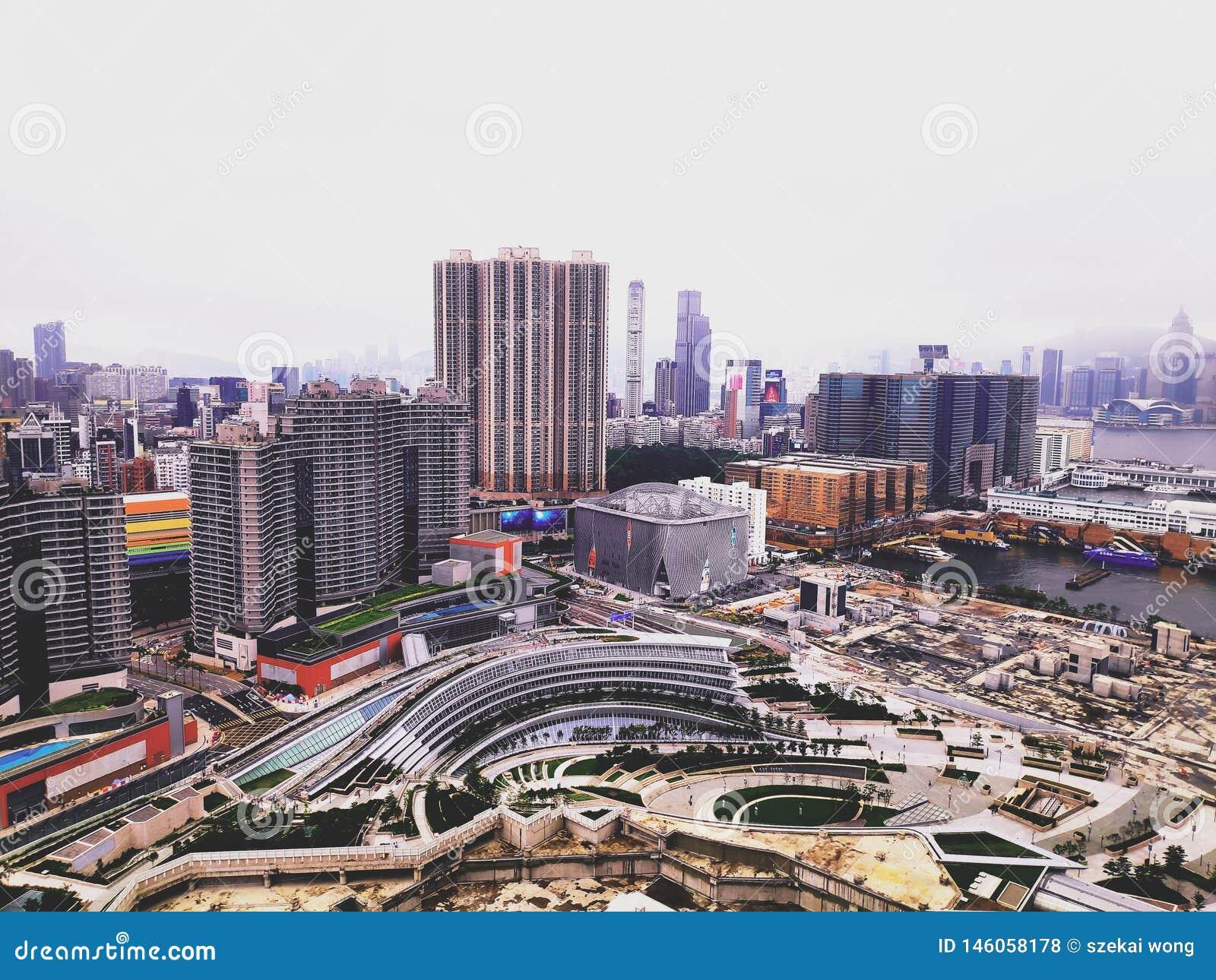 Neuer Tag mit justieren Farbe und Belichtung von Hong Kong