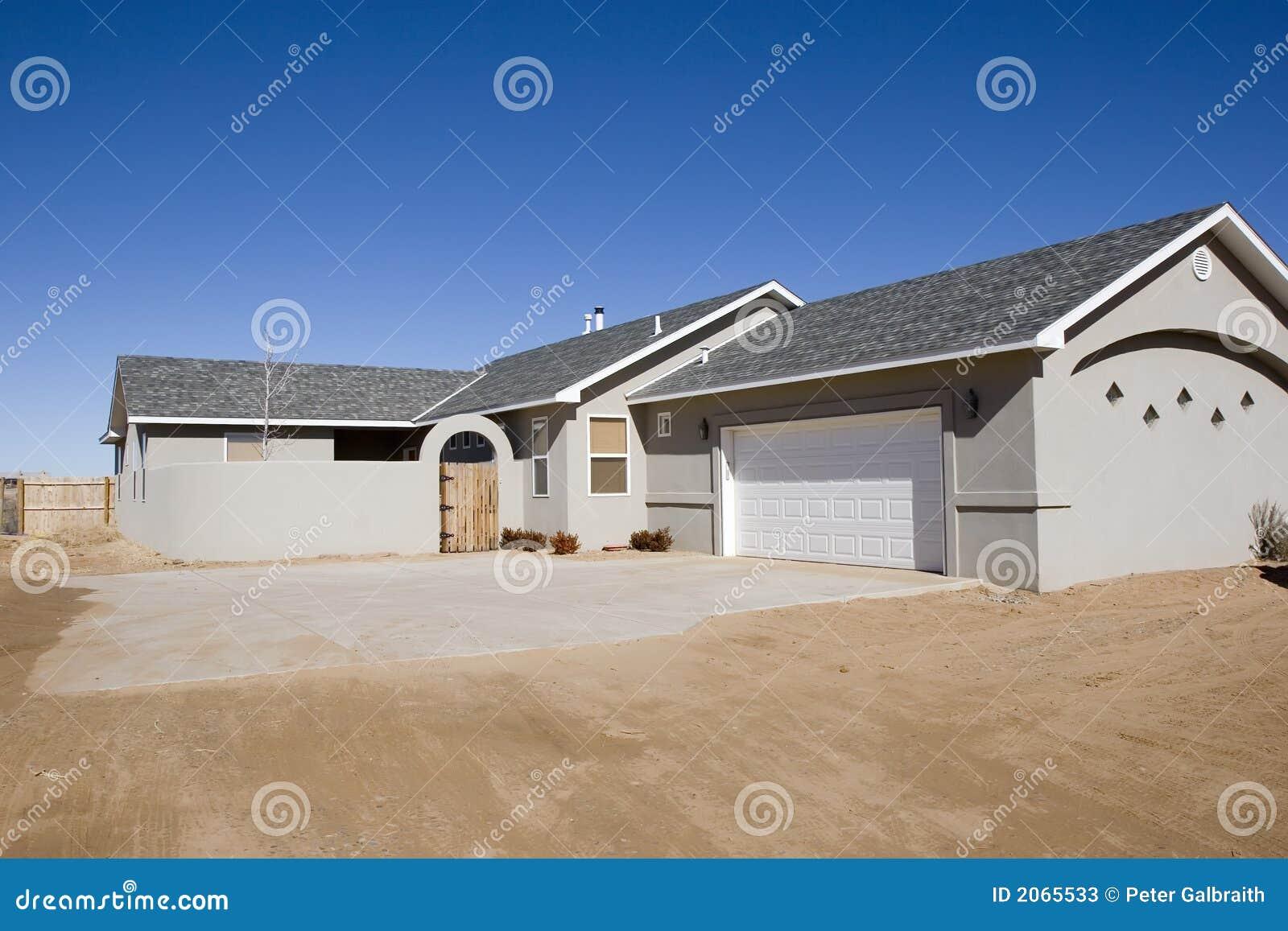 Neues Haus für Verkauf