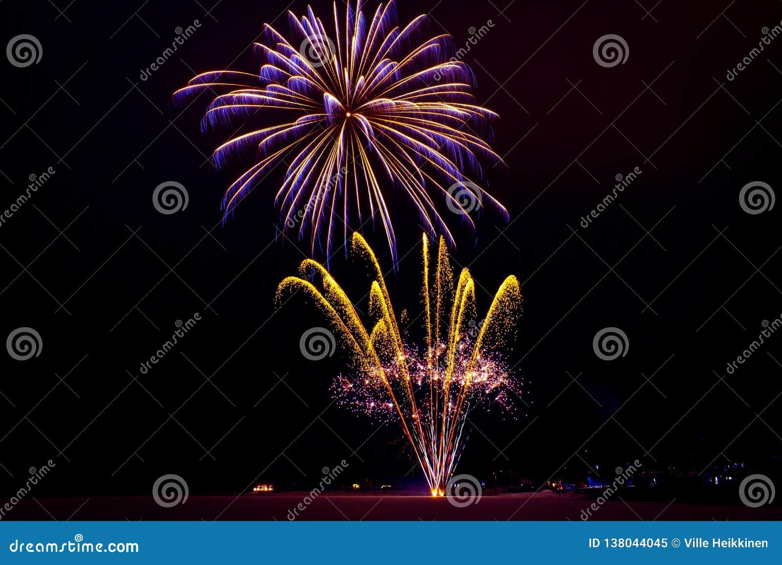 Neues Jahr ` s Feuerwerke Foto von Finnland