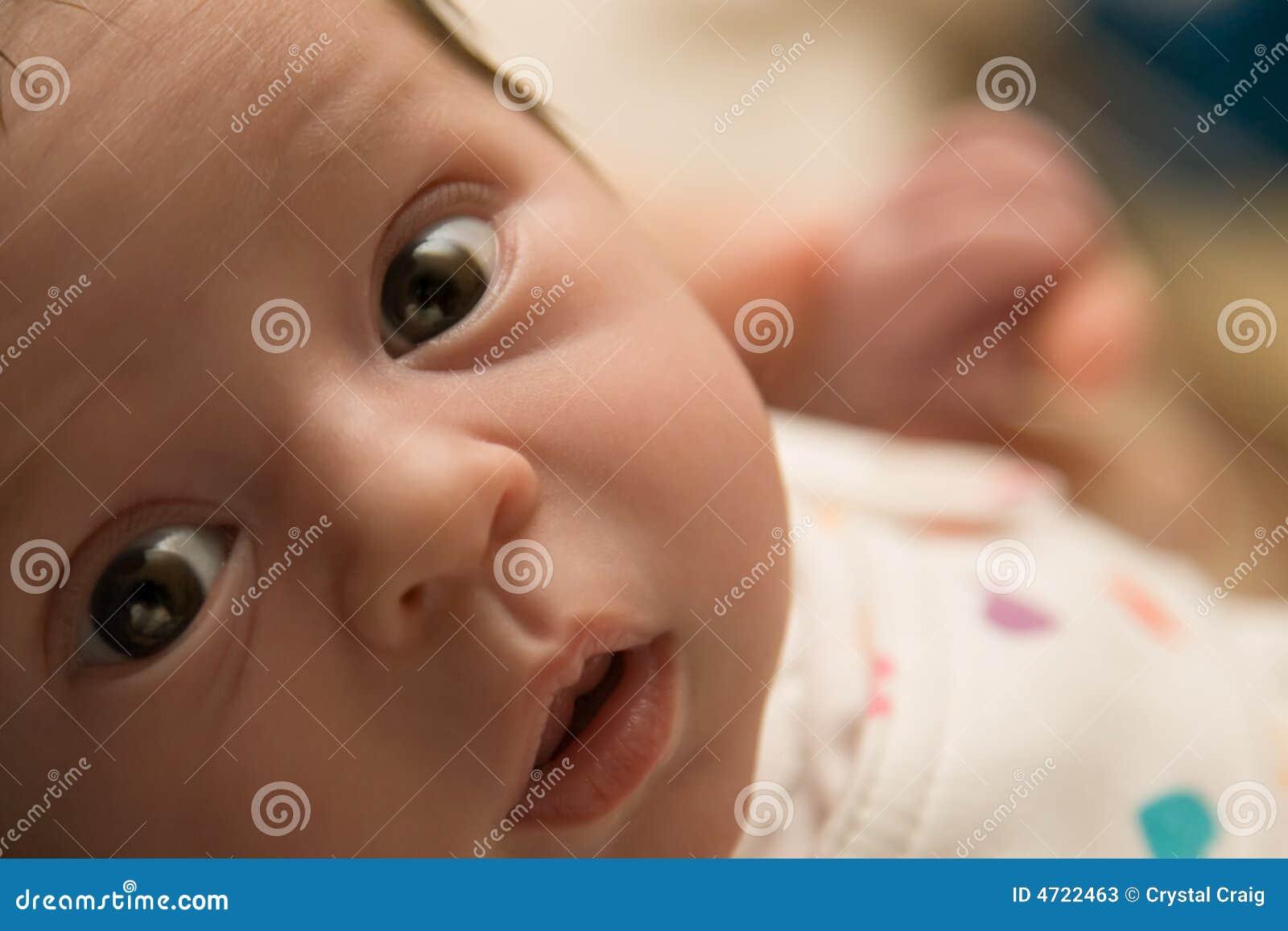 neugeborenes baby stockfotos bild 4722463. Black Bedroom Furniture Sets. Home Design Ideas