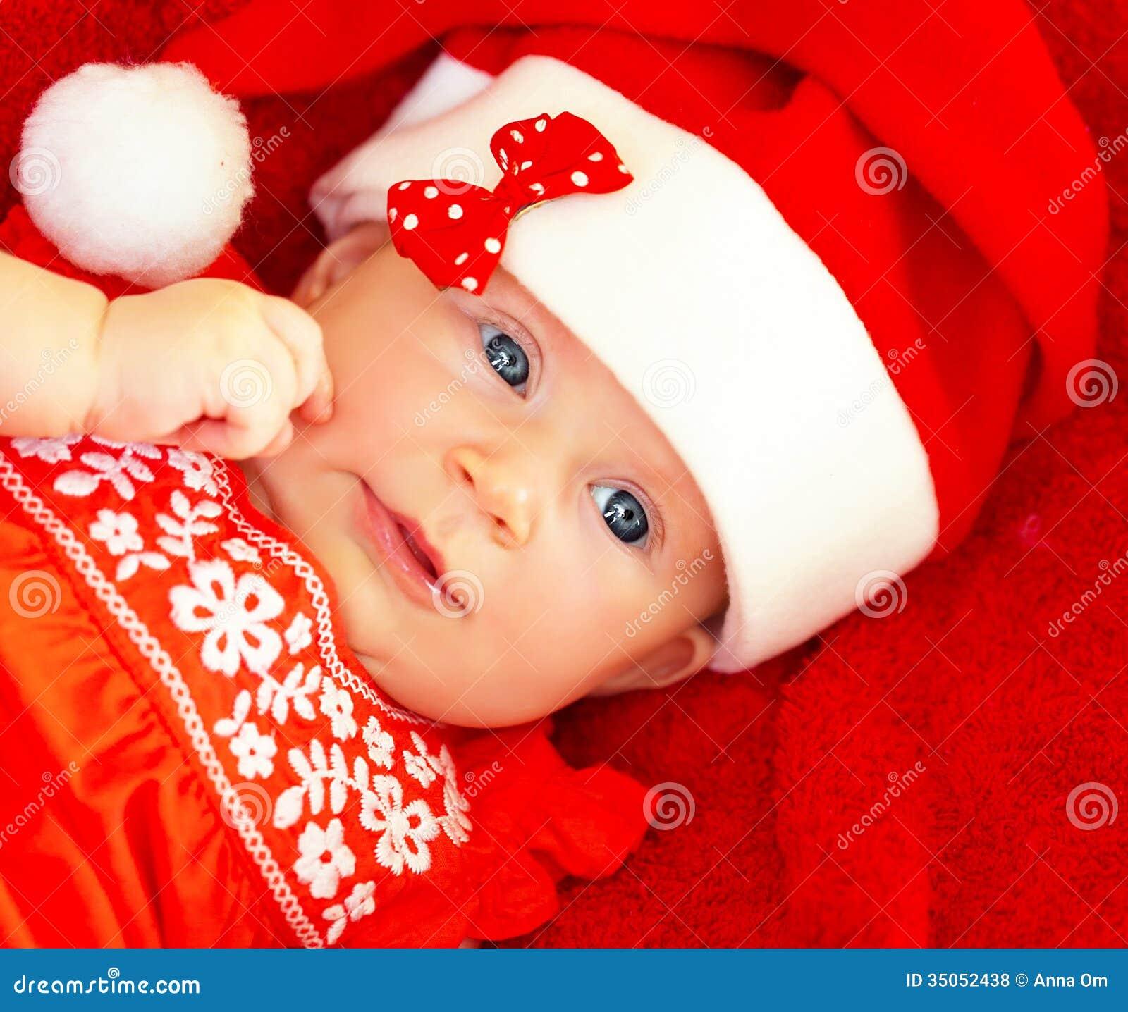 neugeborenes baby tragendes weihnachtskost m lizenzfreie stockfotos bild 35052438. Black Bedroom Furniture Sets. Home Design Ideas