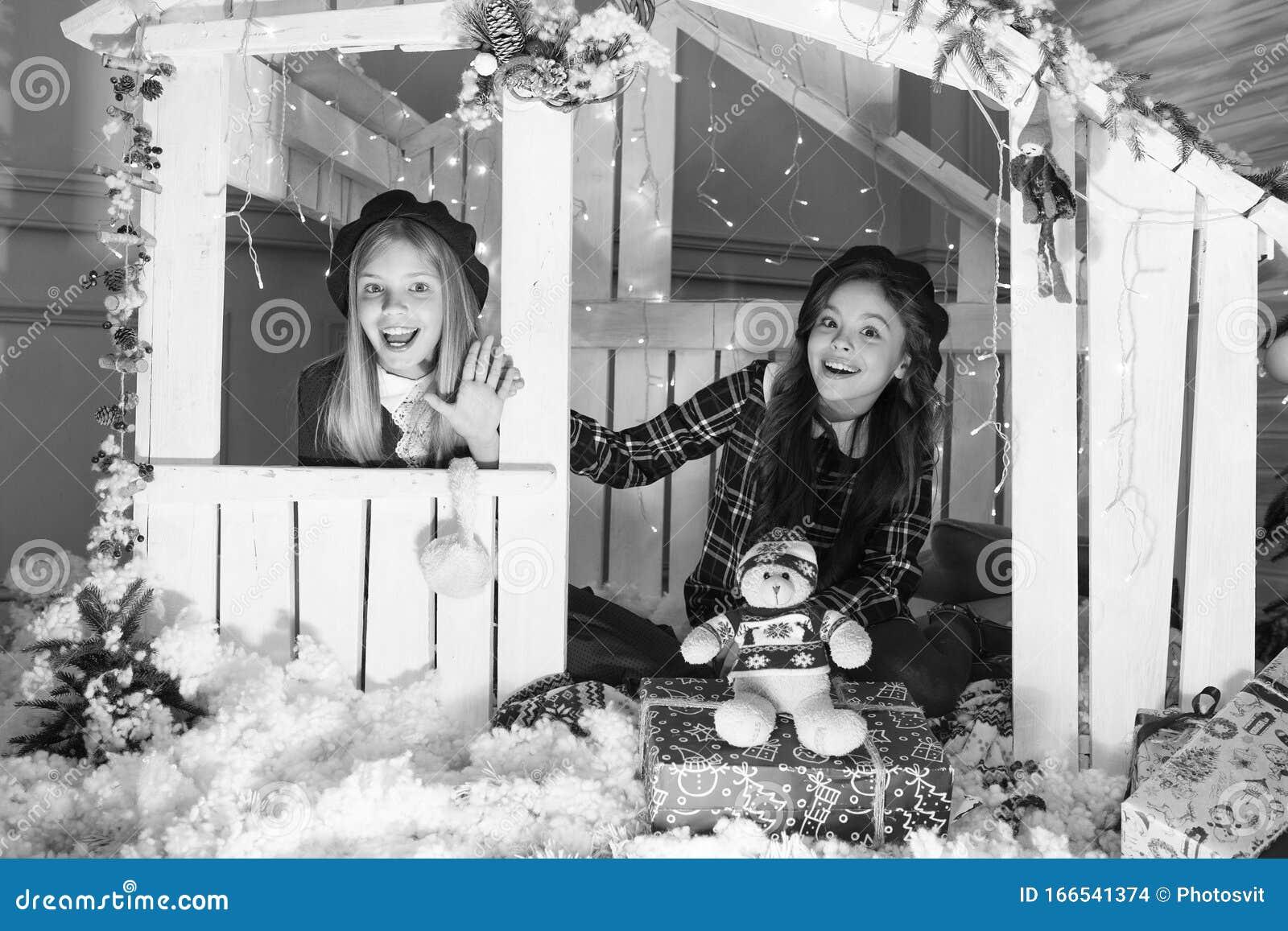 Weihnachtsgeschenk Überraschung mit spielzeug Für kinder