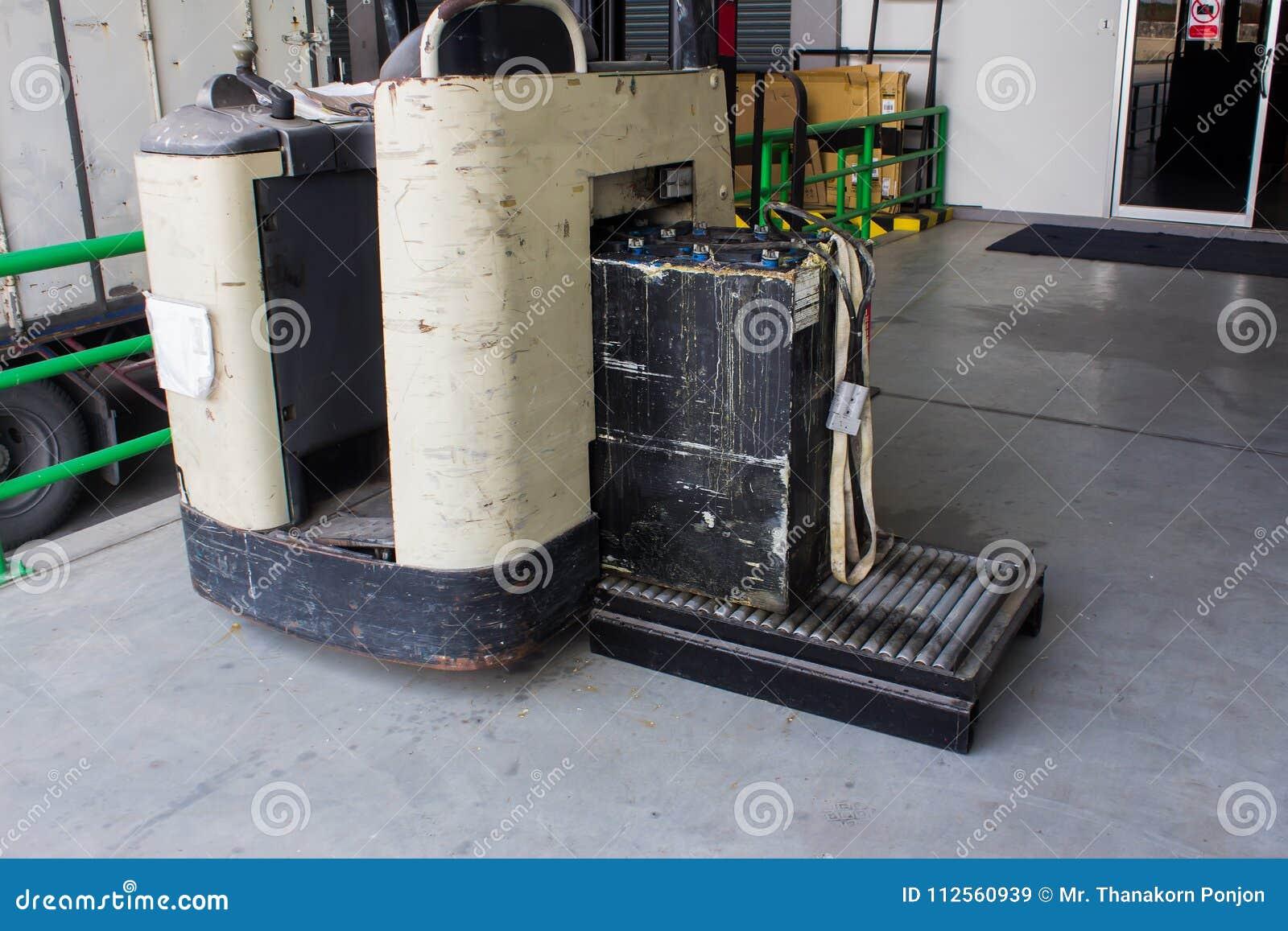 Neuladen elektrisch für Gabelstapler, Ladegerät und Förderer