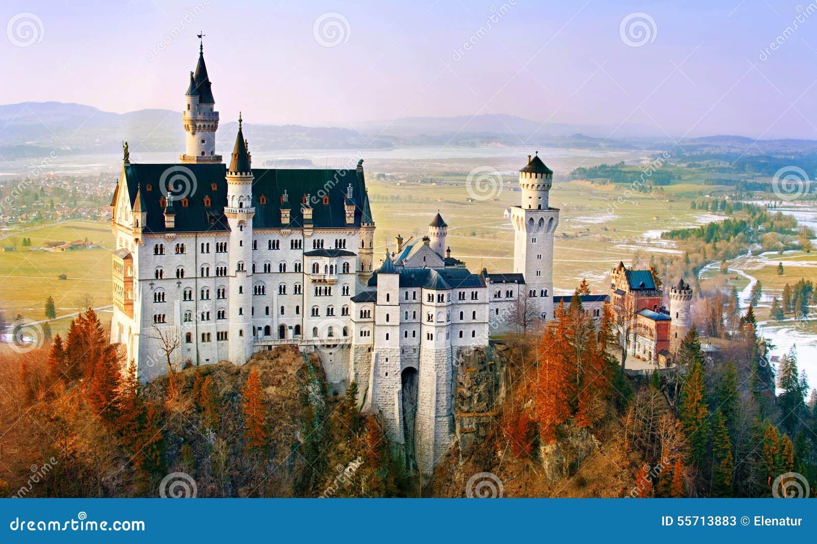 Neuschwanstein, schönes Schloss nahe München im Bayern, Deutschland
