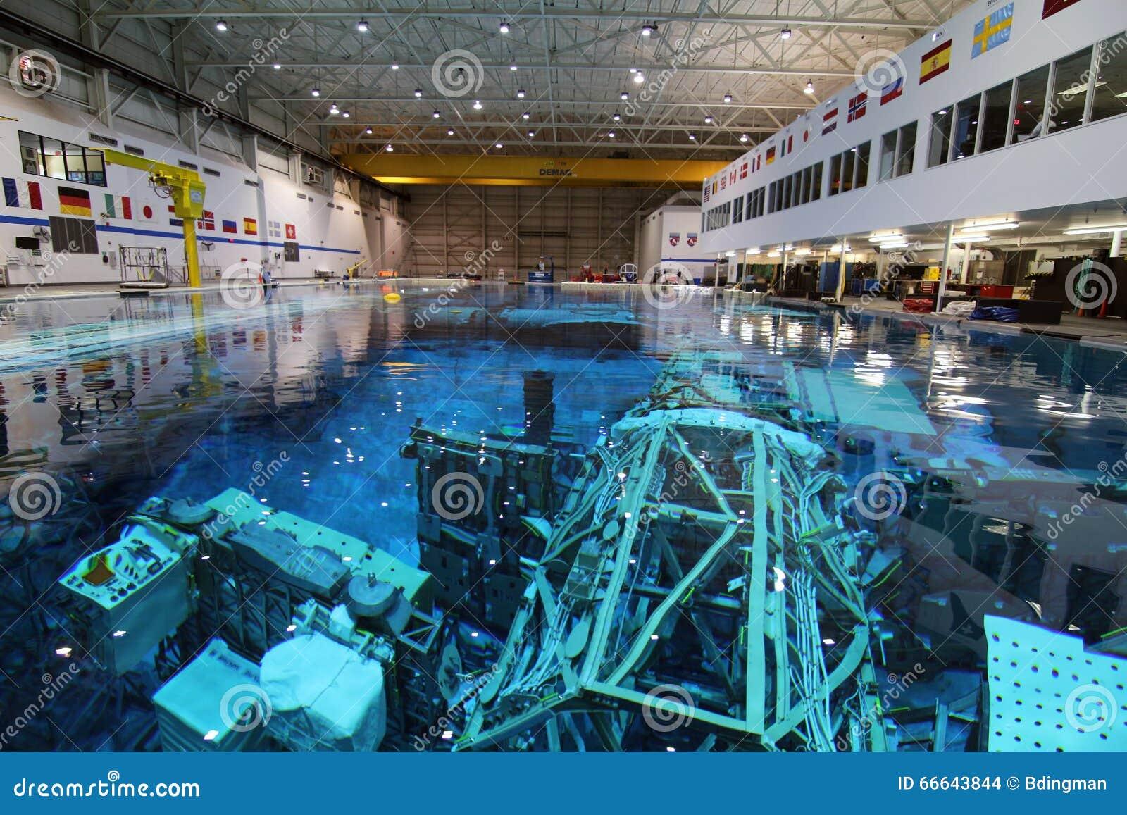 Neutral Buoyancy Lab - Johnson Space Center Editorial ...