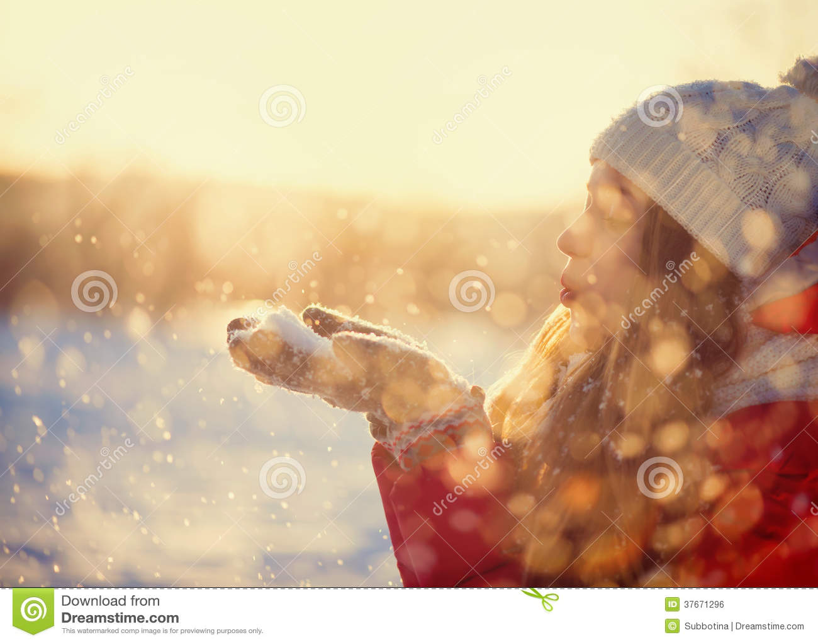 Neve de sopro da menina do inverno