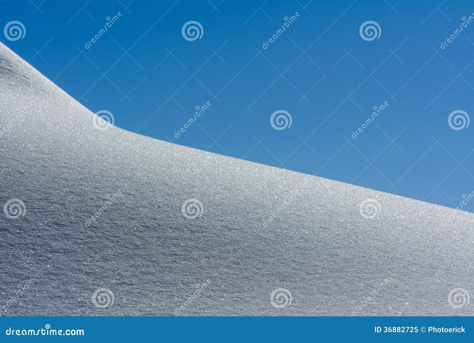 Download Neve fresca immagine stock. Immagine di montagna, sport - 36882725