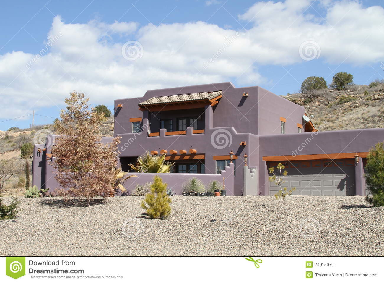Usa Arizona New Adobe House In A Desert Stock Photo