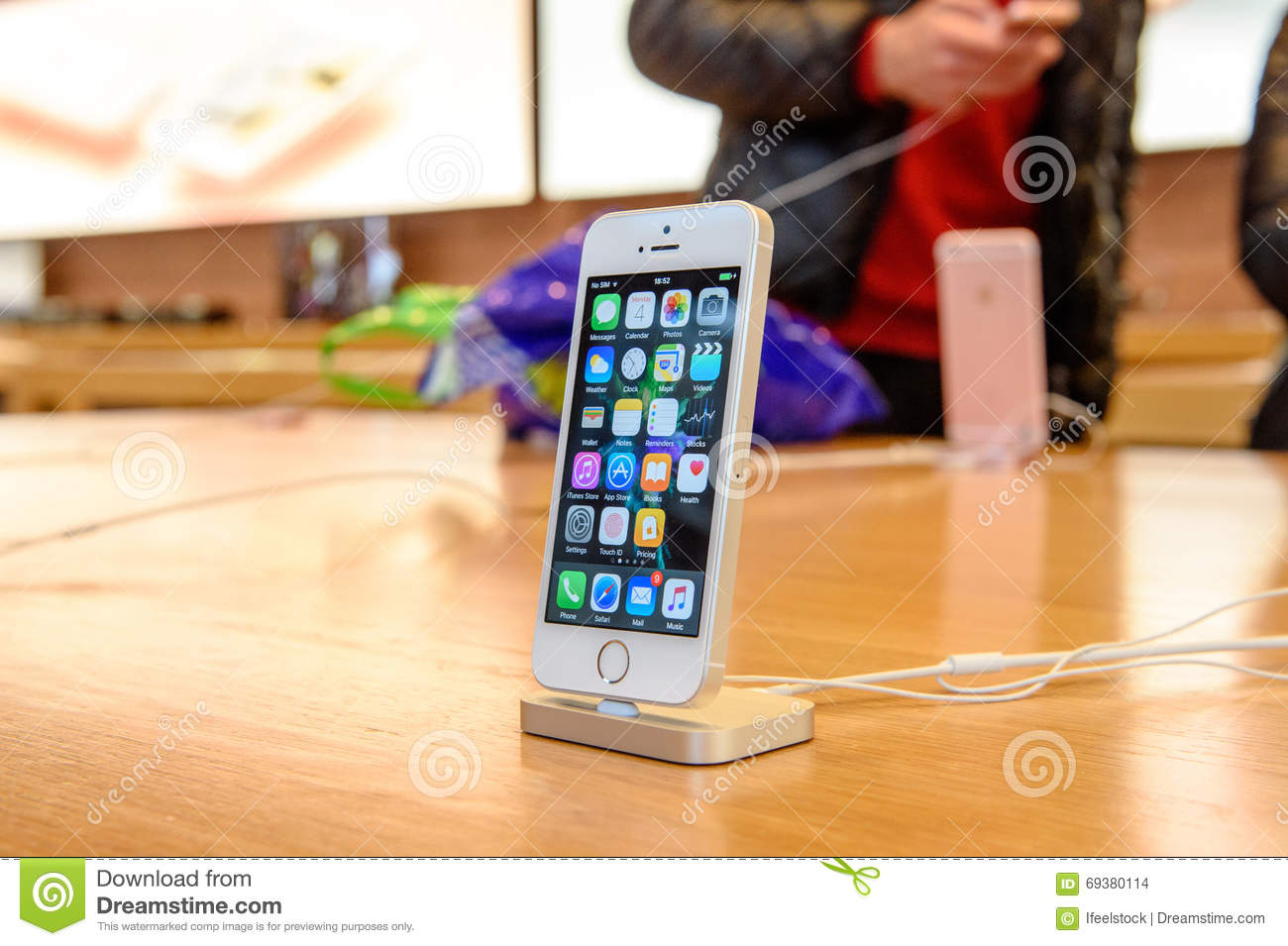 Cheap Iphone Docking Station