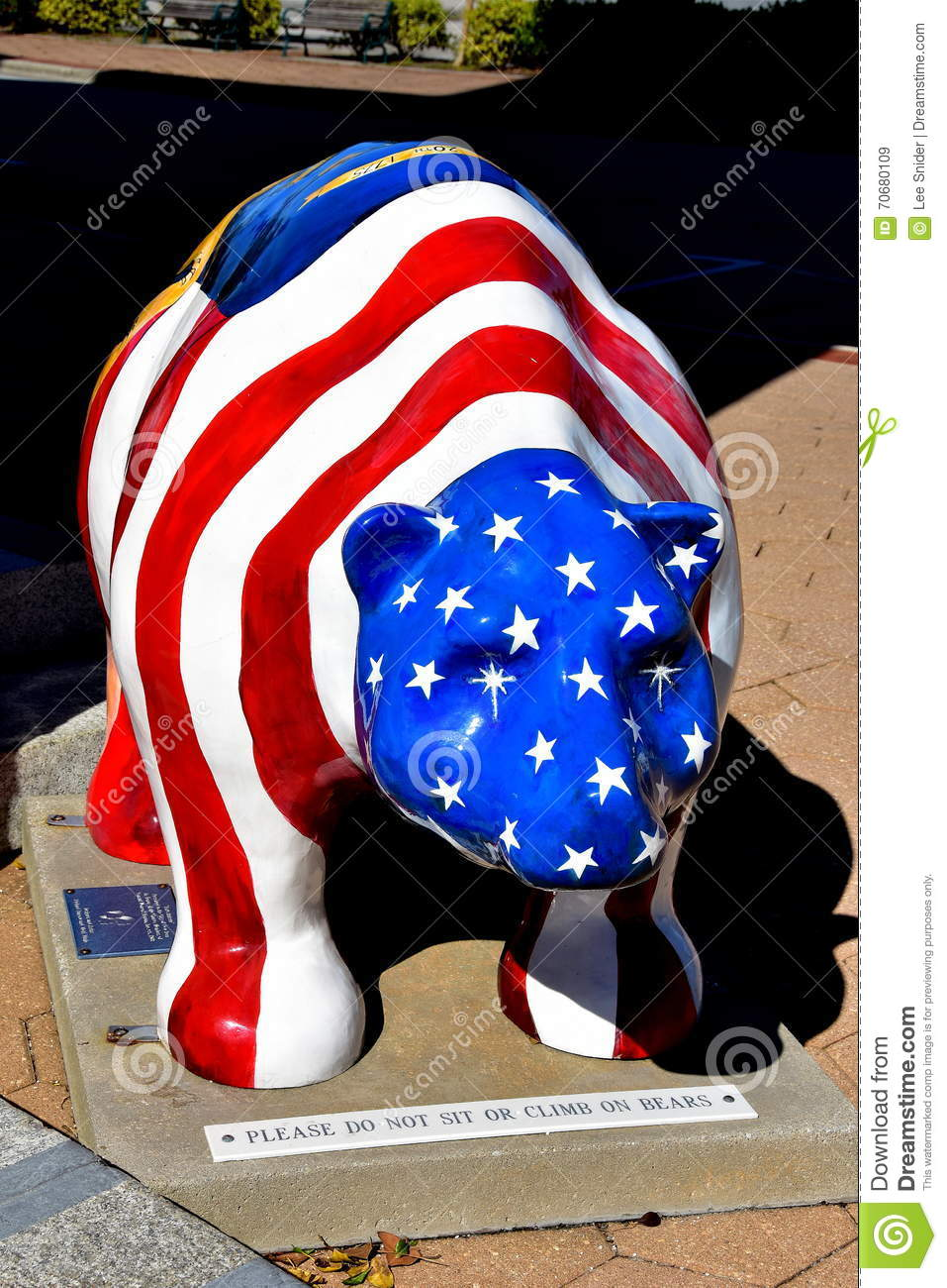 New Bern, NC: Patriotic Fiberglass Bear Editorial Stock Image ...