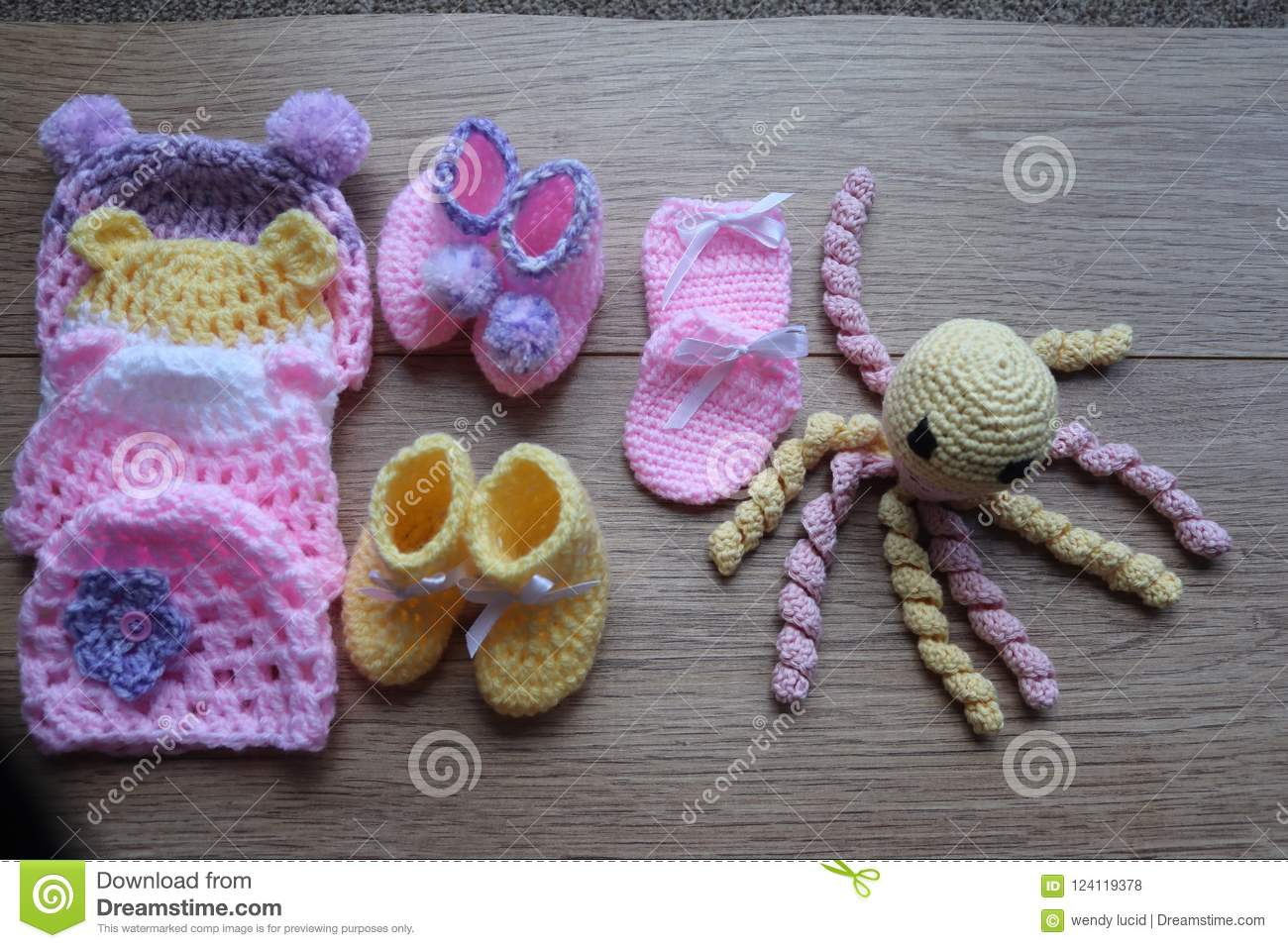 Premature baby items for comfort and warmth. hat and booties