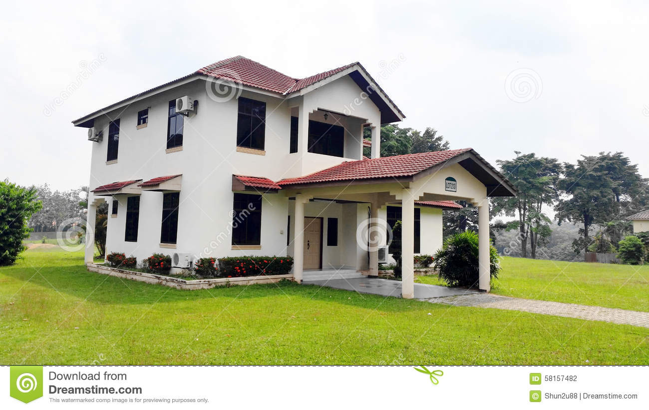 New Bungalow House Stock Photo Image Of Design House
