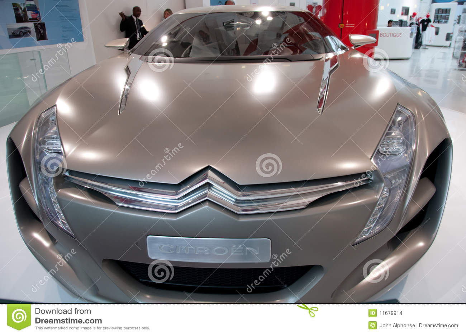 new car models citroen metisse paris showroom editorial photo 11679917. Black Bedroom Furniture Sets. Home Design Ideas