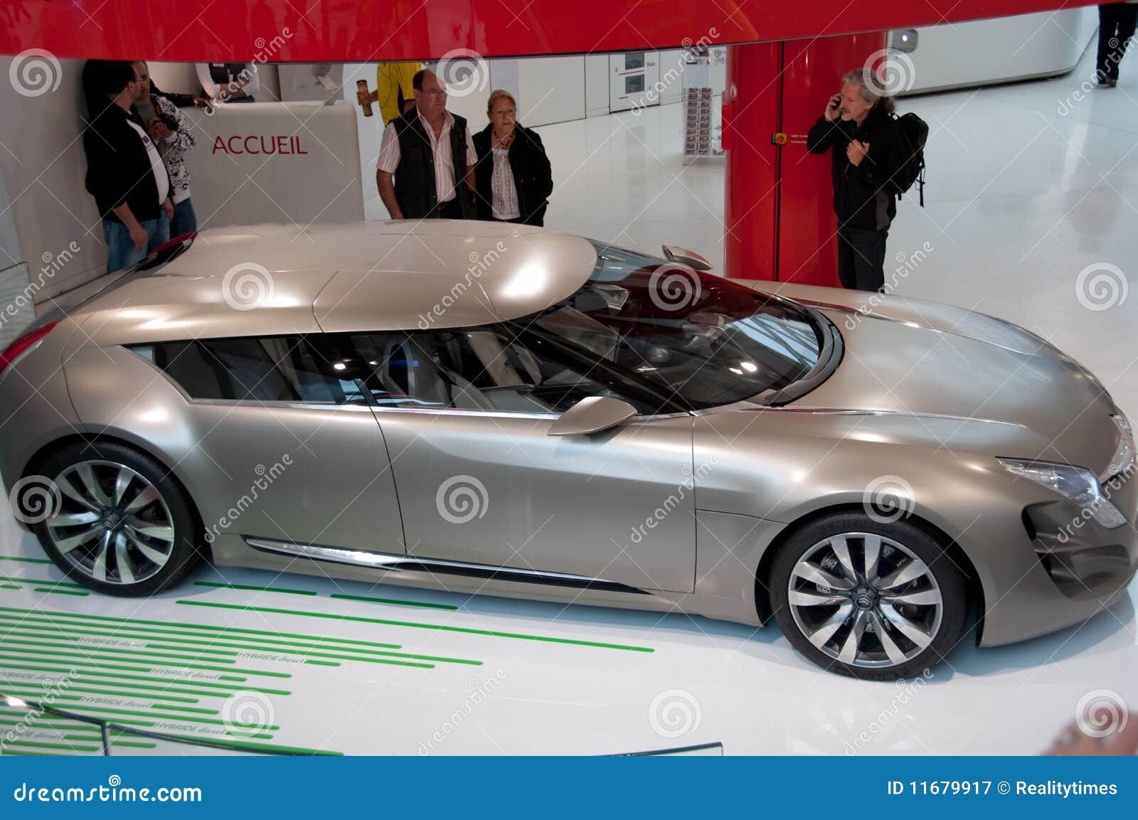 new car models citroen metisse paris showroom editorial photography image 11679917. Black Bedroom Furniture Sets. Home Design Ideas