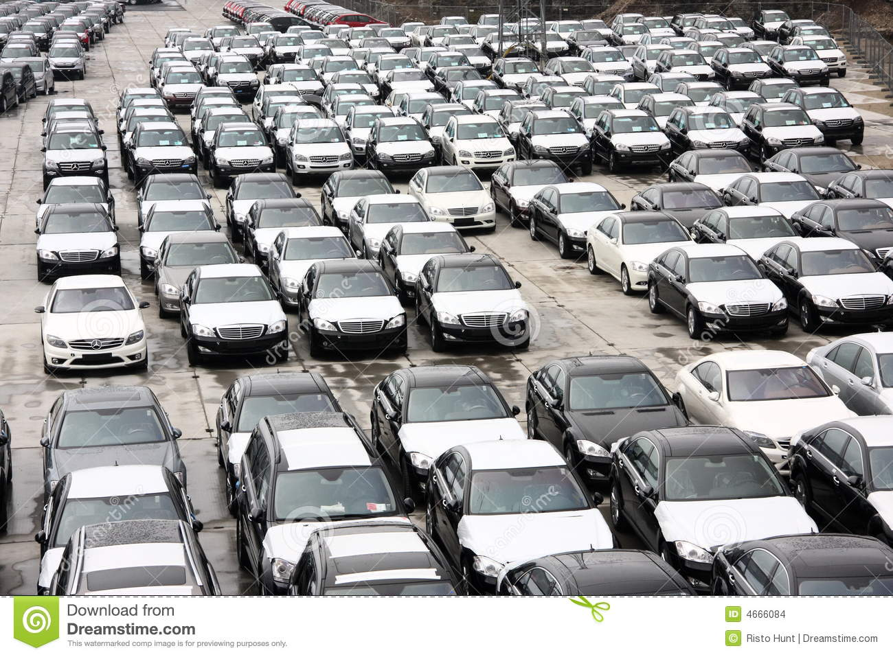 New cars in stock at port