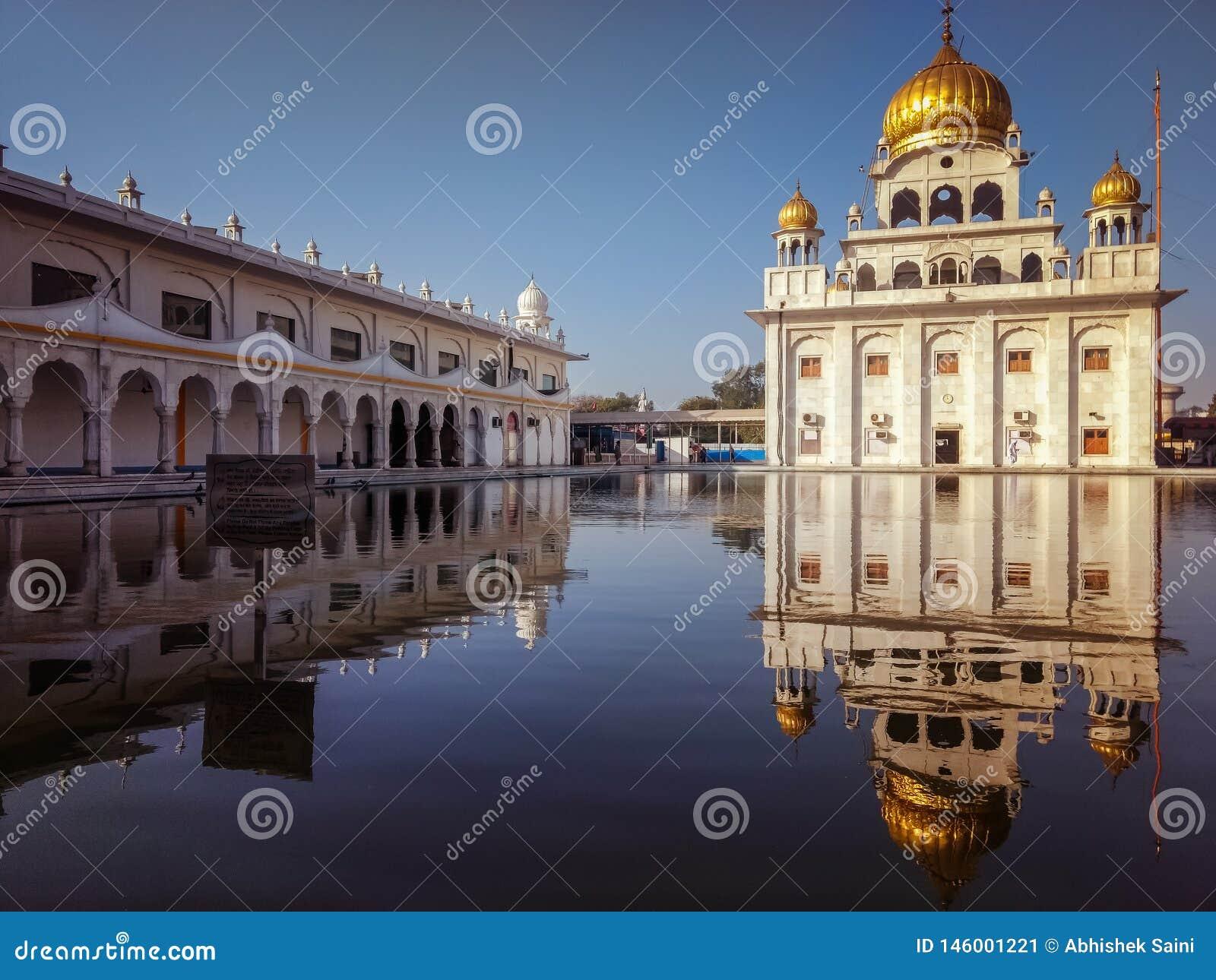 NEW DELHI, INDIA - April 25, 2019, Nanak Piao Sahib, Gurdwara, sarovar, watervijver