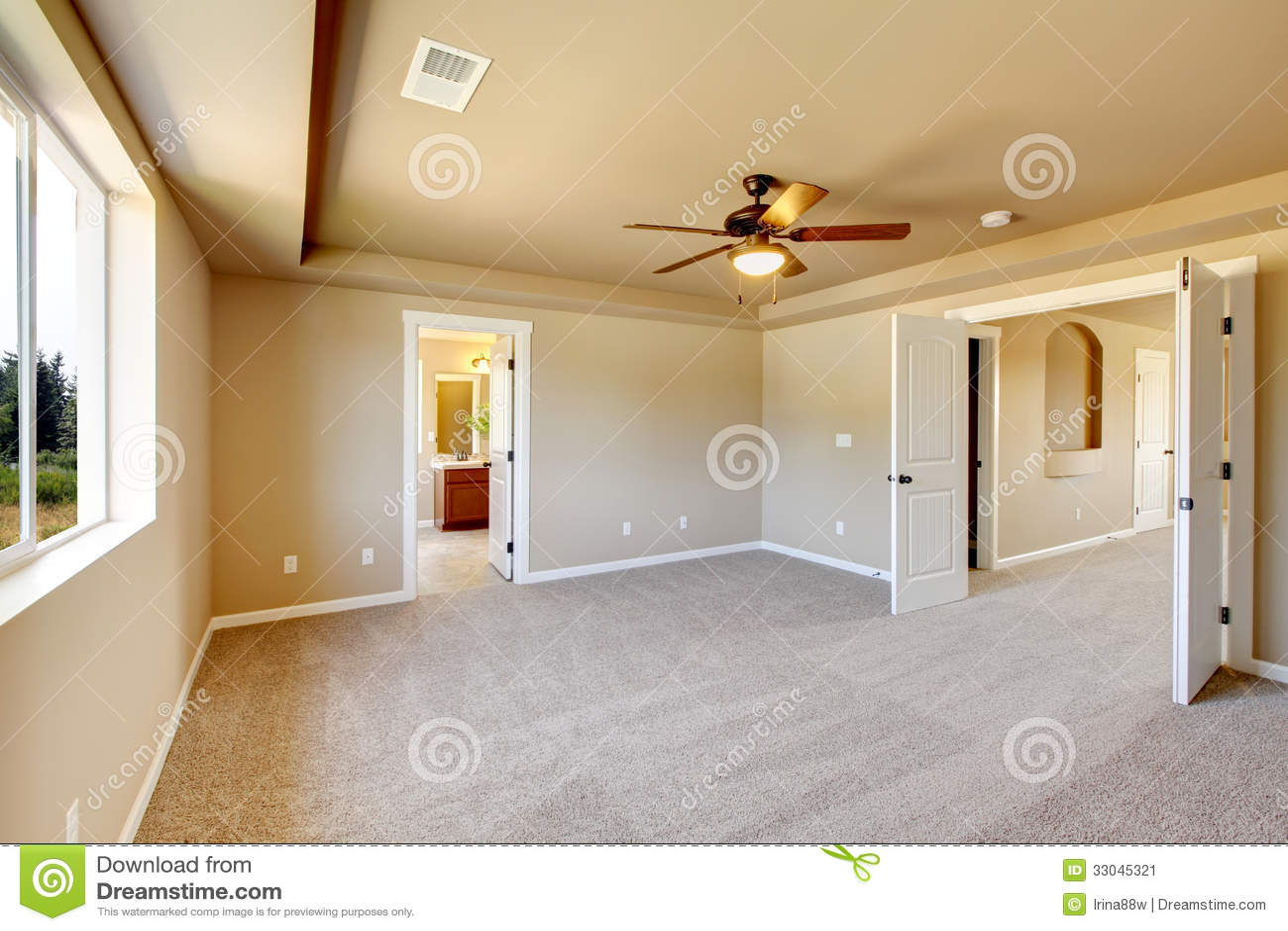 New Empty Room Beige Carpet House Development Usa